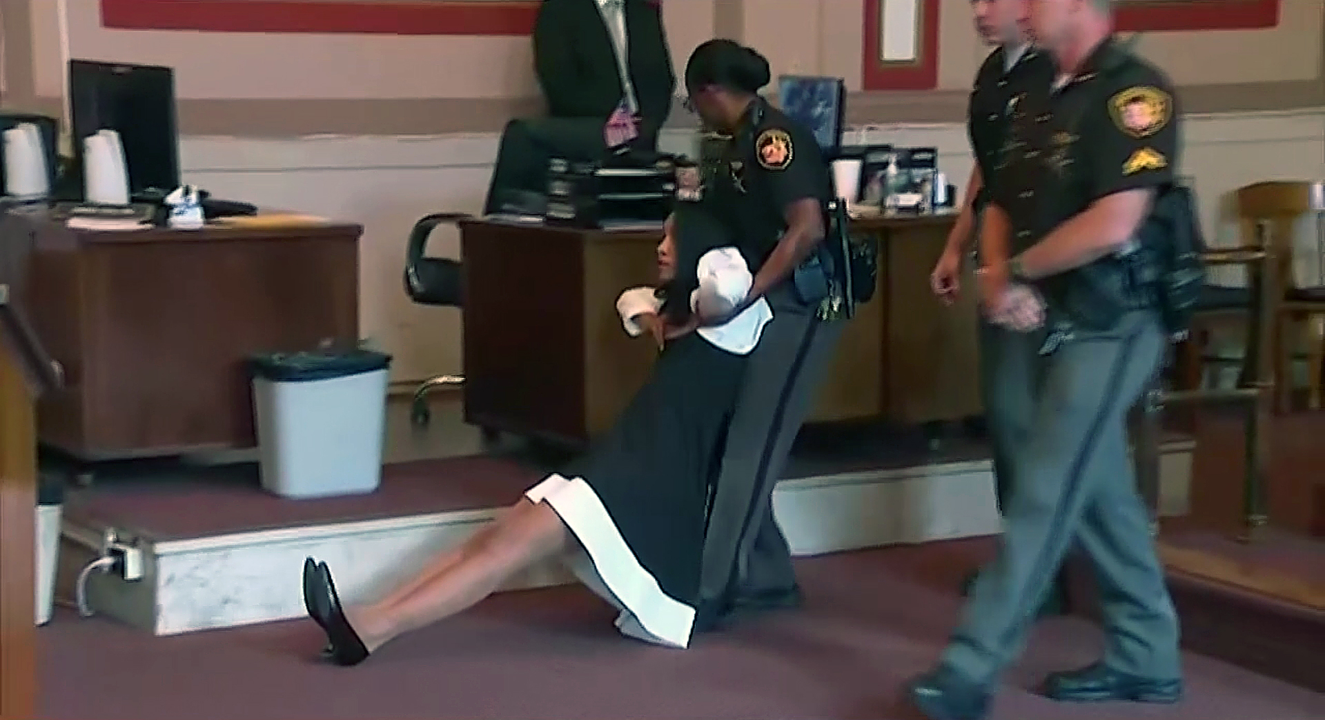 Courtroom chaos: Video shows judge dragged away after her