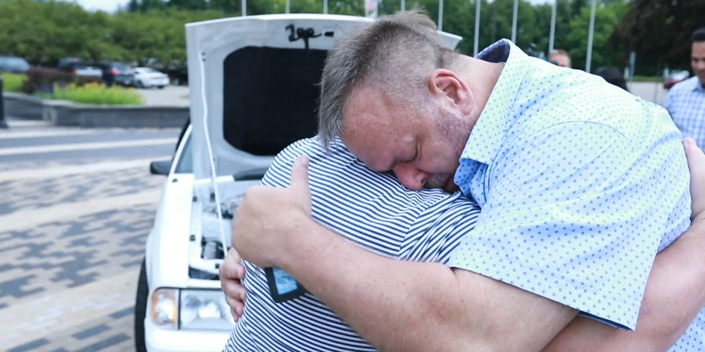 Ford restores beloved Mustang for dad who sold it to pay for wife's medical bills