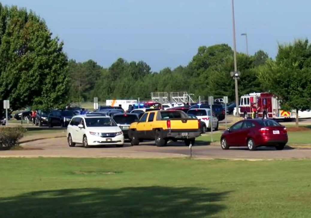 Gunfire outside Alabama school as two parents erupt in 'road rage'