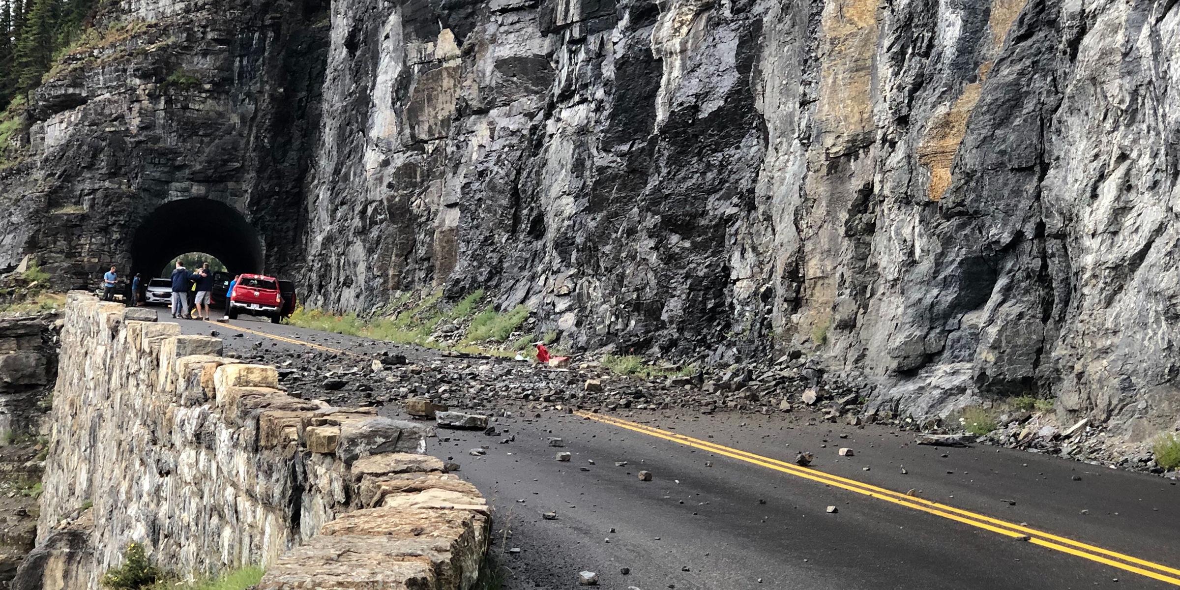 Utah teen killed by falling rocks at Glacier National Park
