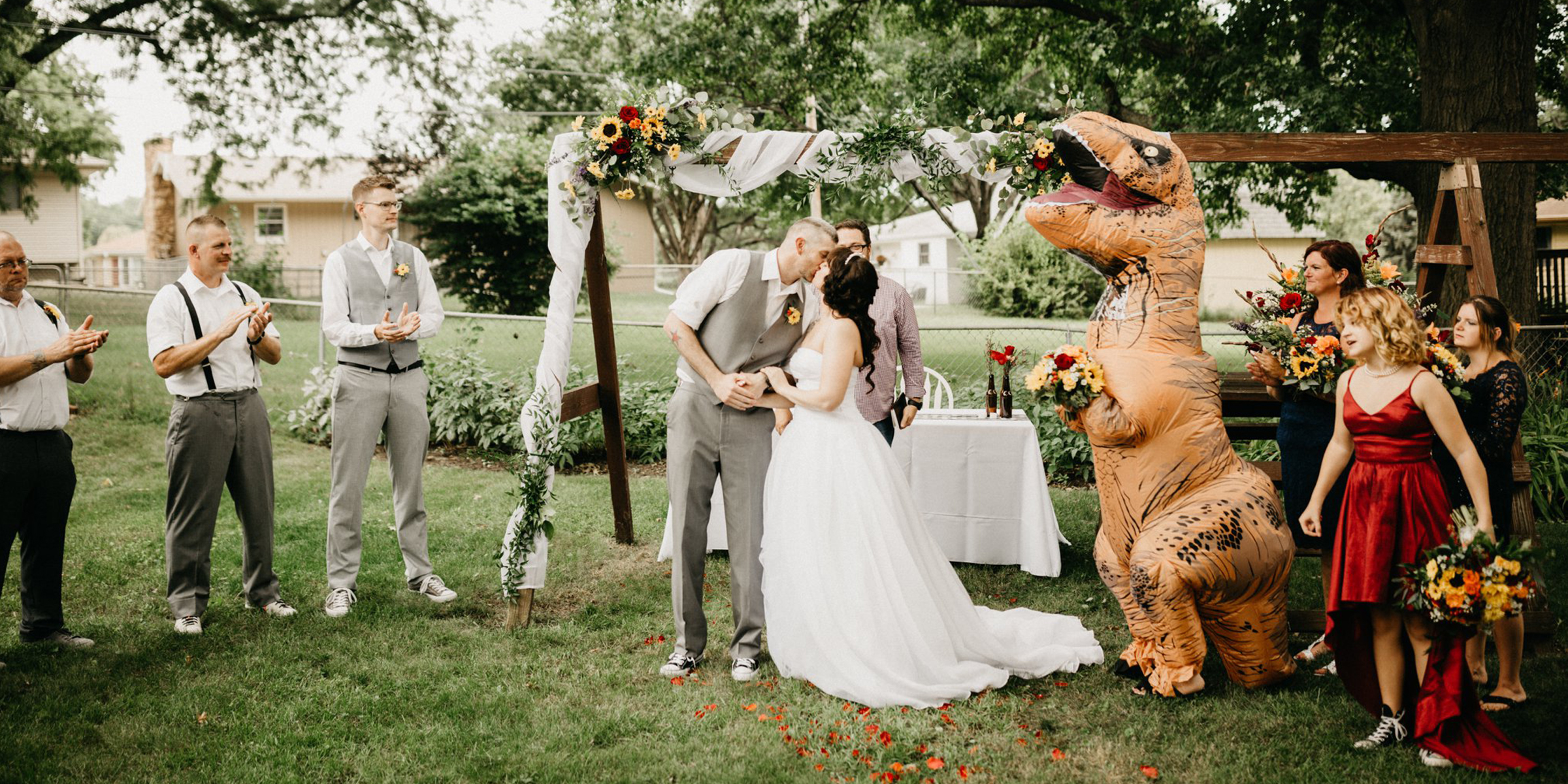 Bride Told Maid Of Honor She Could Wear Anything So She Dressed As T Rex