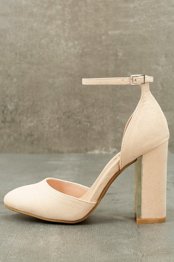closed toe small block heels