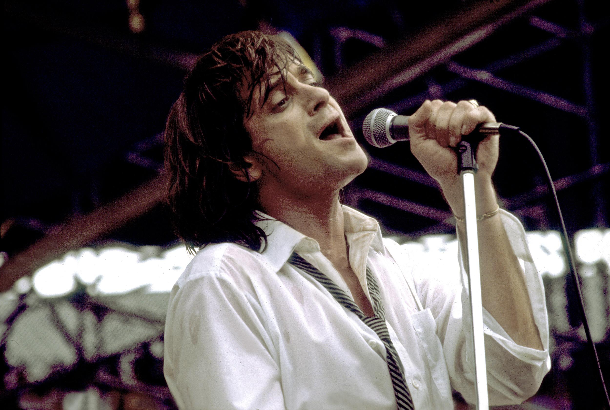 Eddie-Money,-'Two-Tickets-to-Paradise'-singer,-dies-at-70