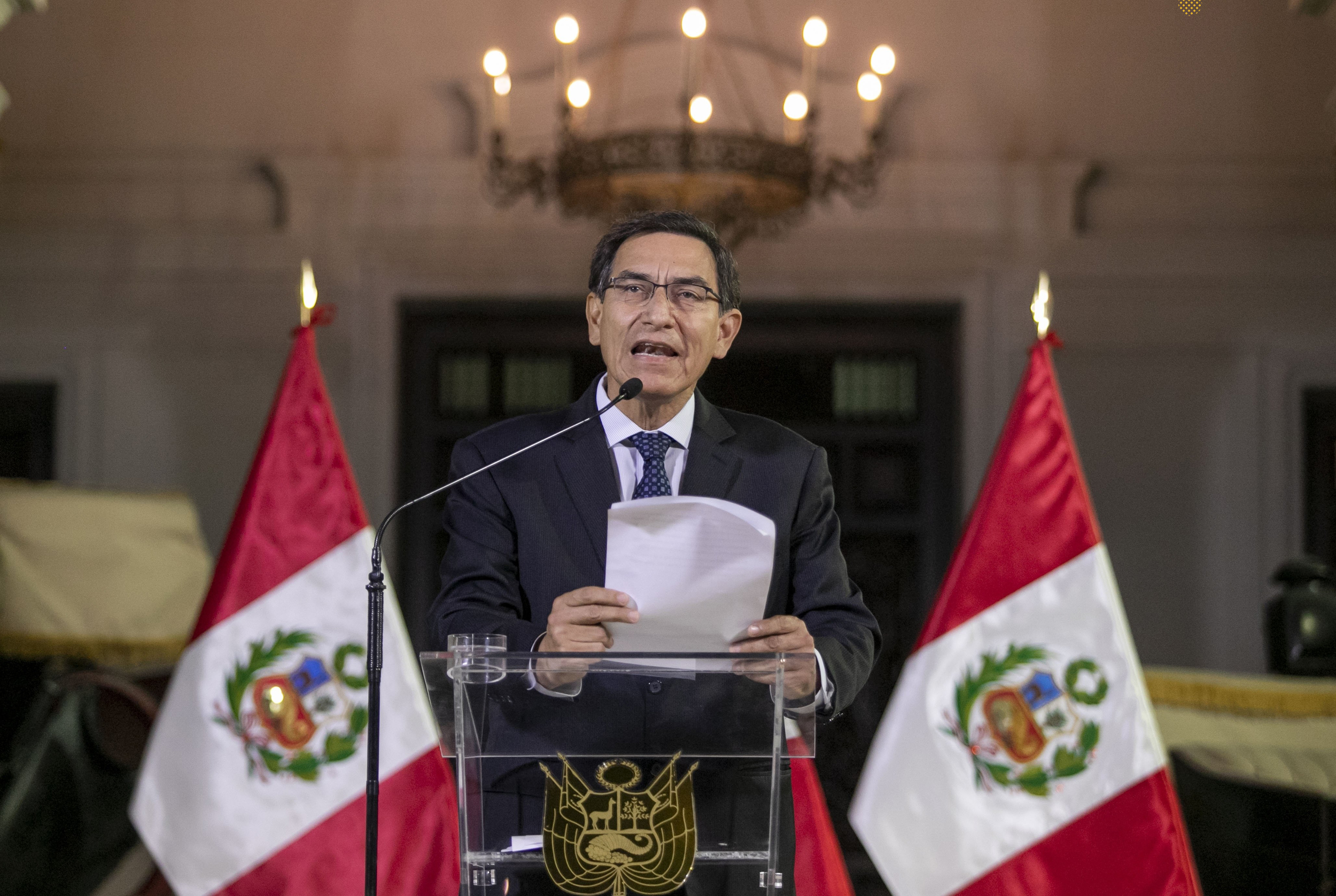 Peru president dissolves congress amid anti-corruption push