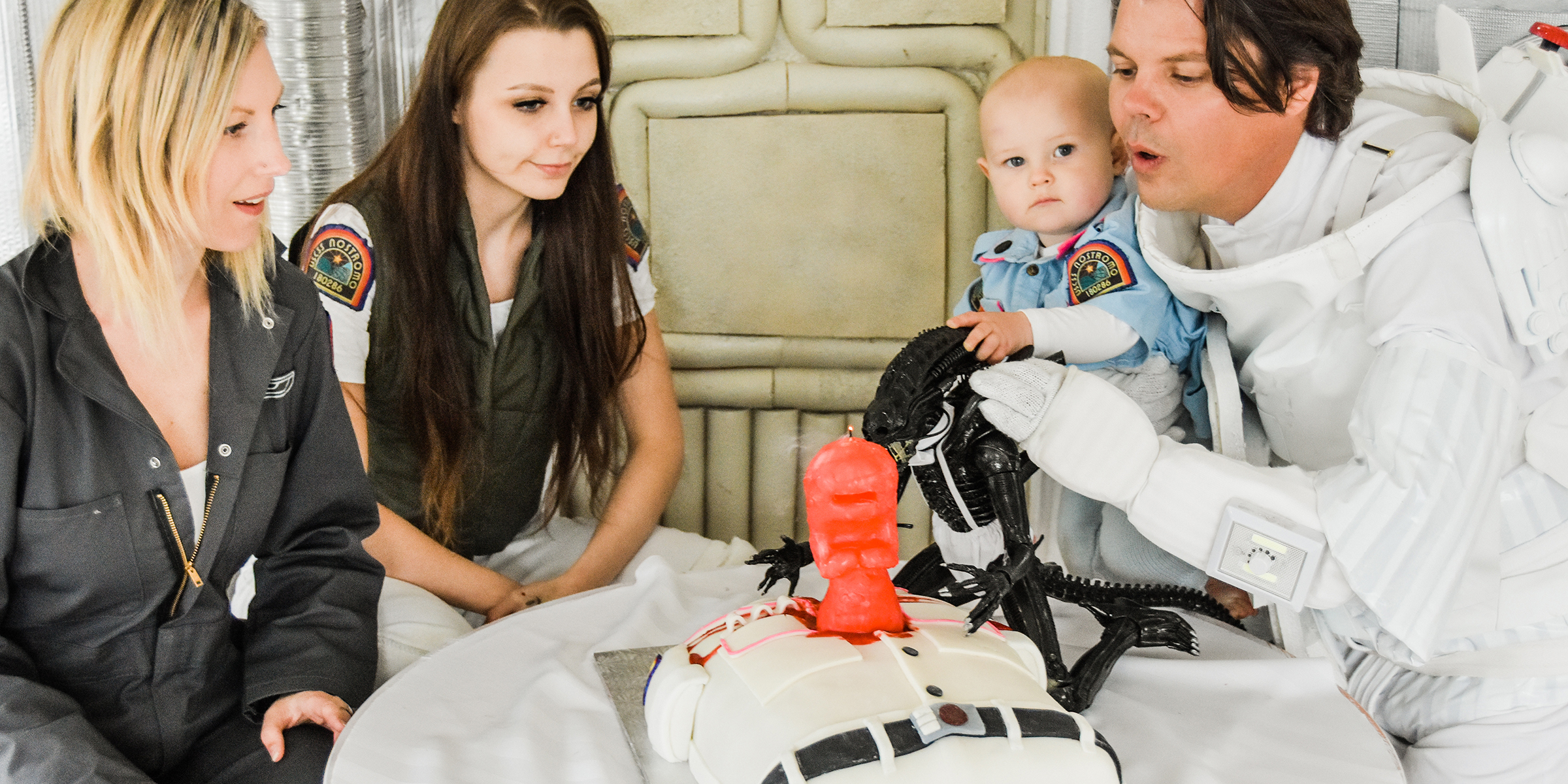 Alien Themed Chestburster Maternity Birthday Photos Wow