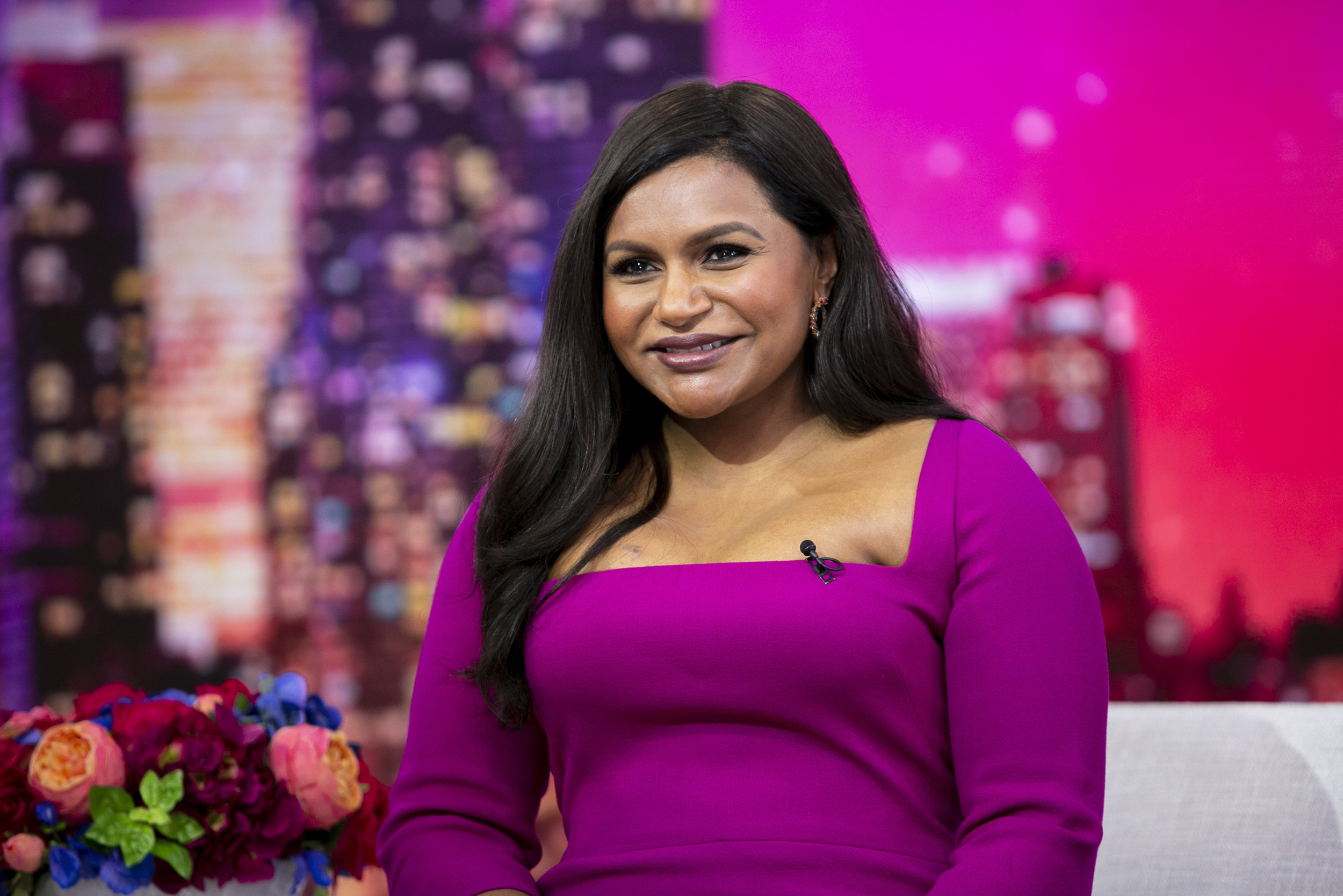 Academy Responds To Mindy Kaling S Claim She Was Singled Out To Defend Producer Credit