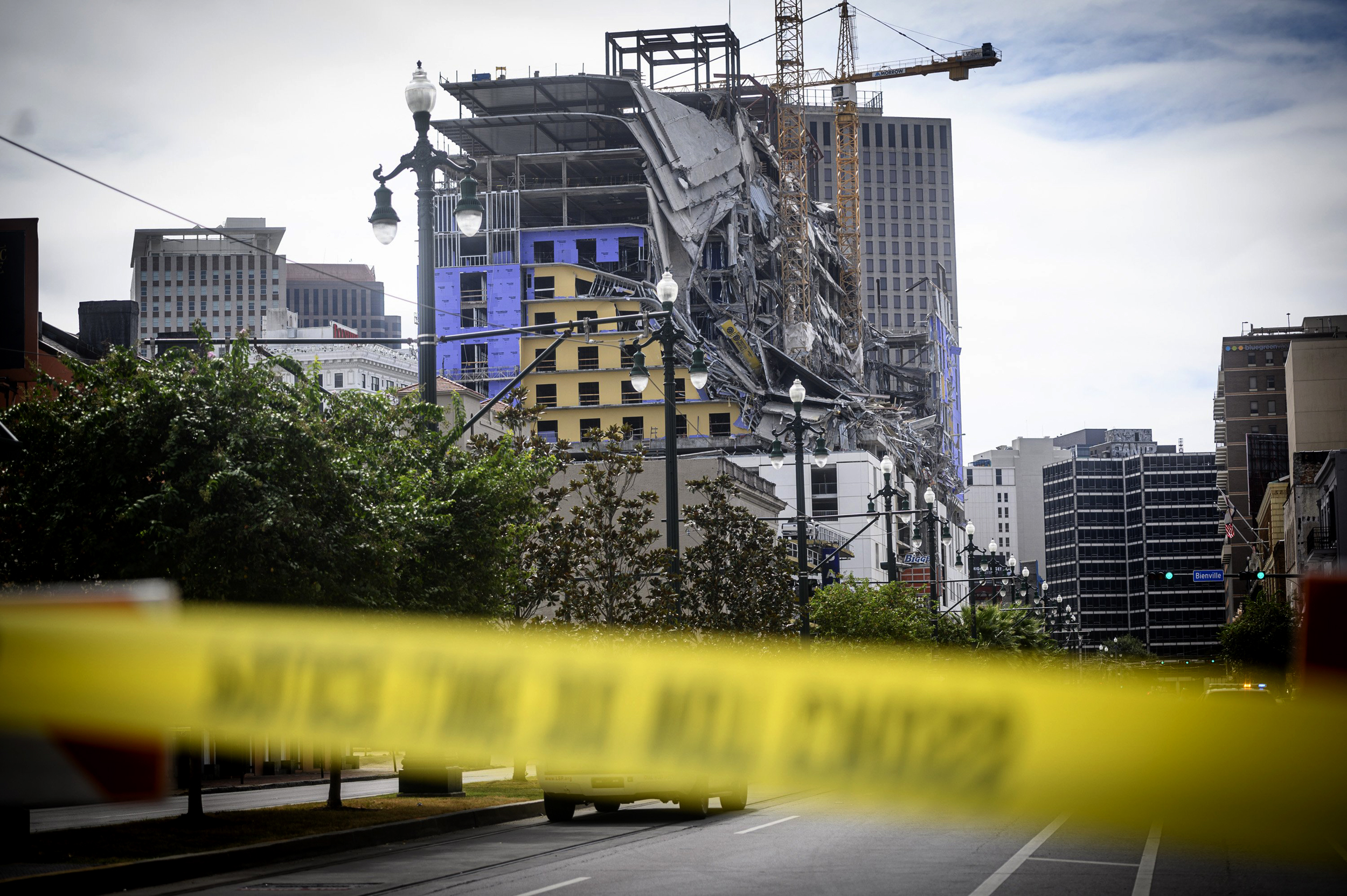 1-dead,-two-missing-after-Hard-Rock-Hotel-construction-site-collapses-in-New-Orleans