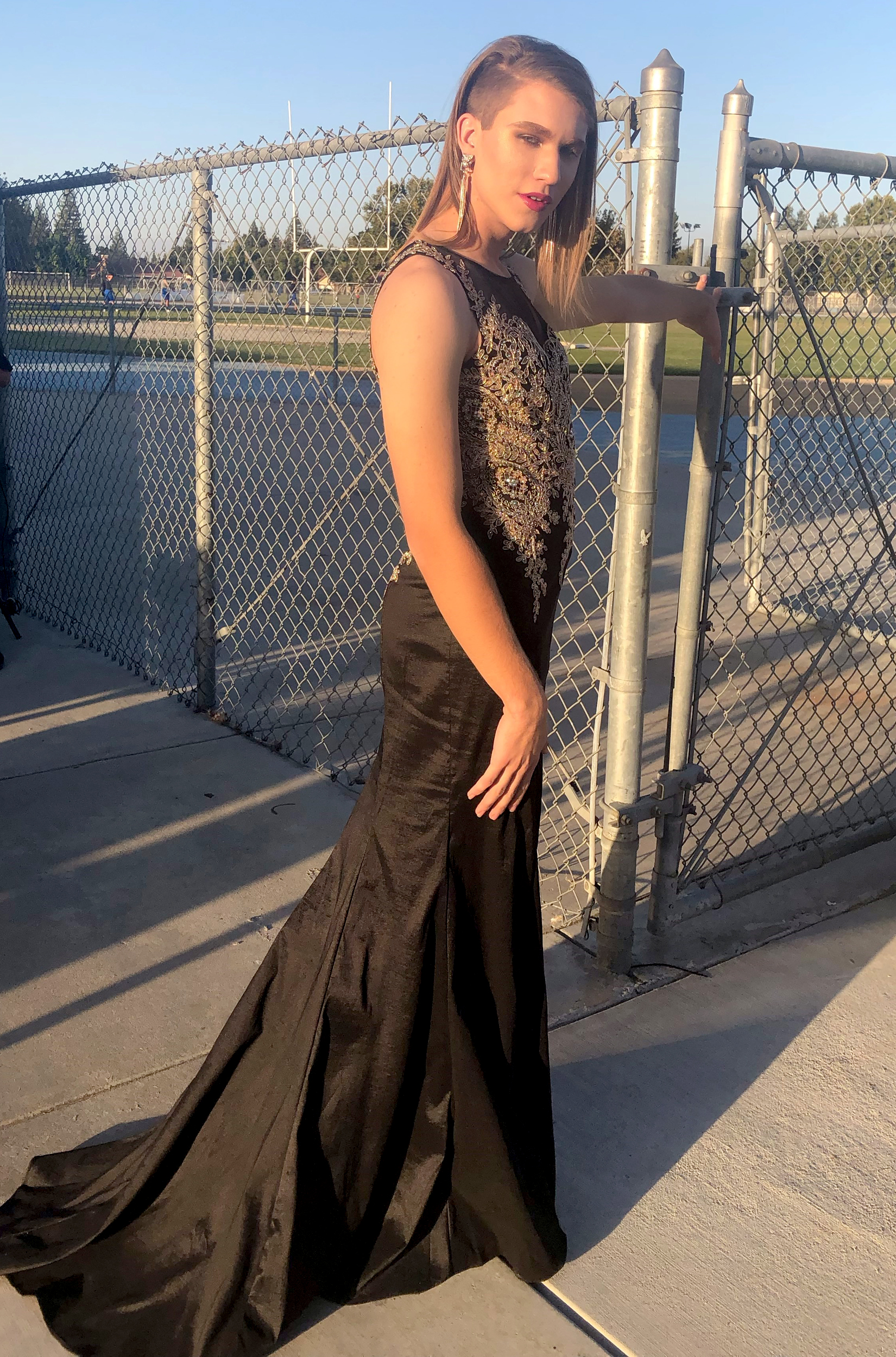 'Homecoming of Change': Nonbinary teen crowned homecoming queen