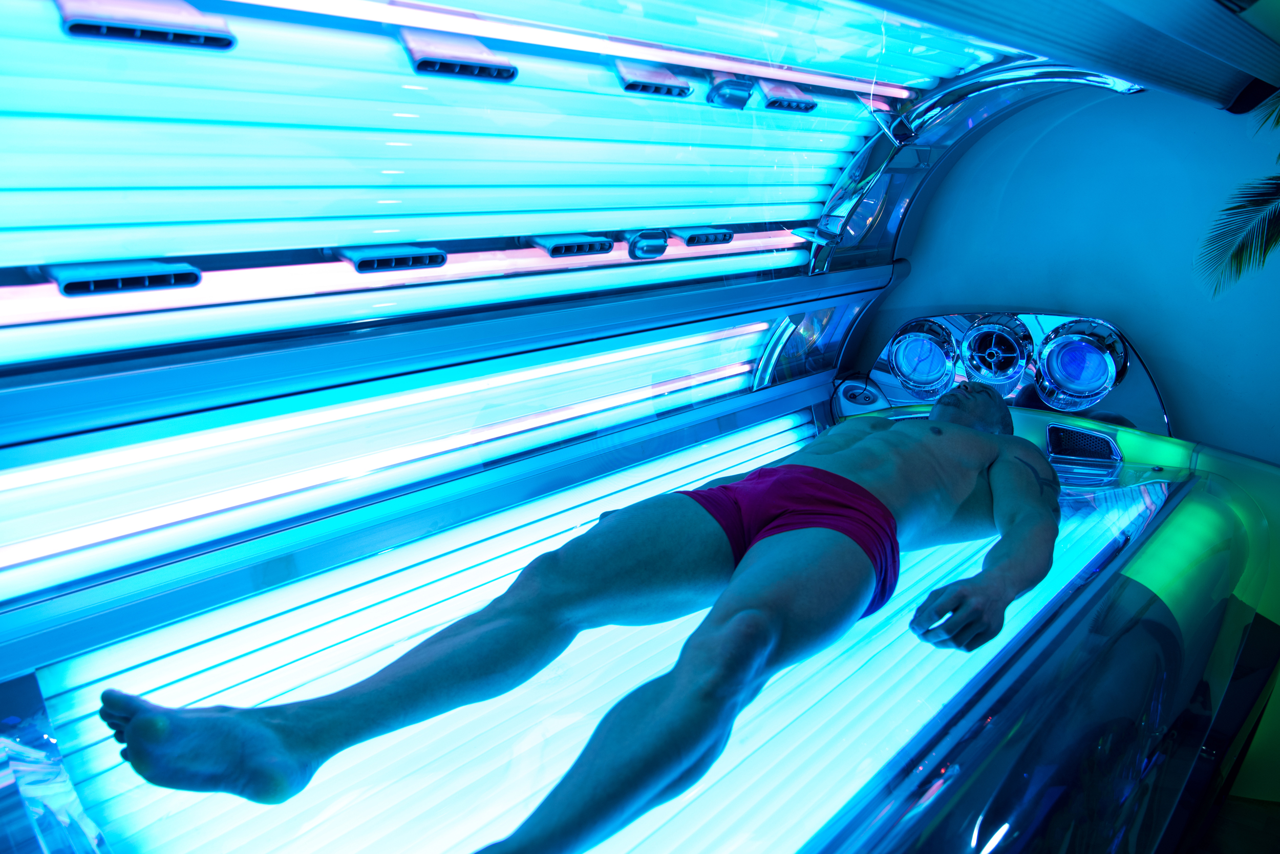 Tanning salons cluster in neighborhoods with more gay, bisexual men