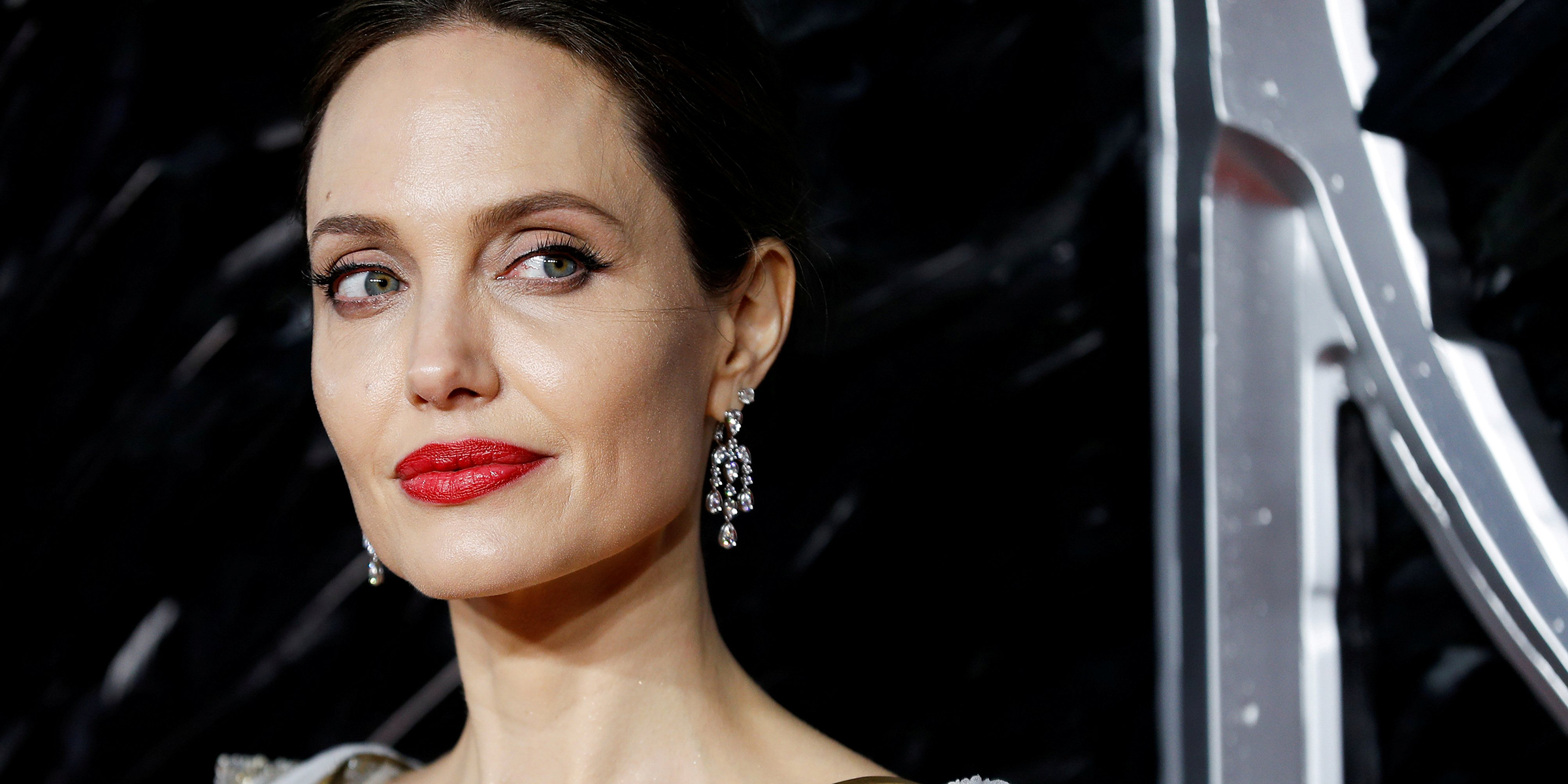 Angelina Jolie Tits angelina jolie opens up about how her mom's breast cancer