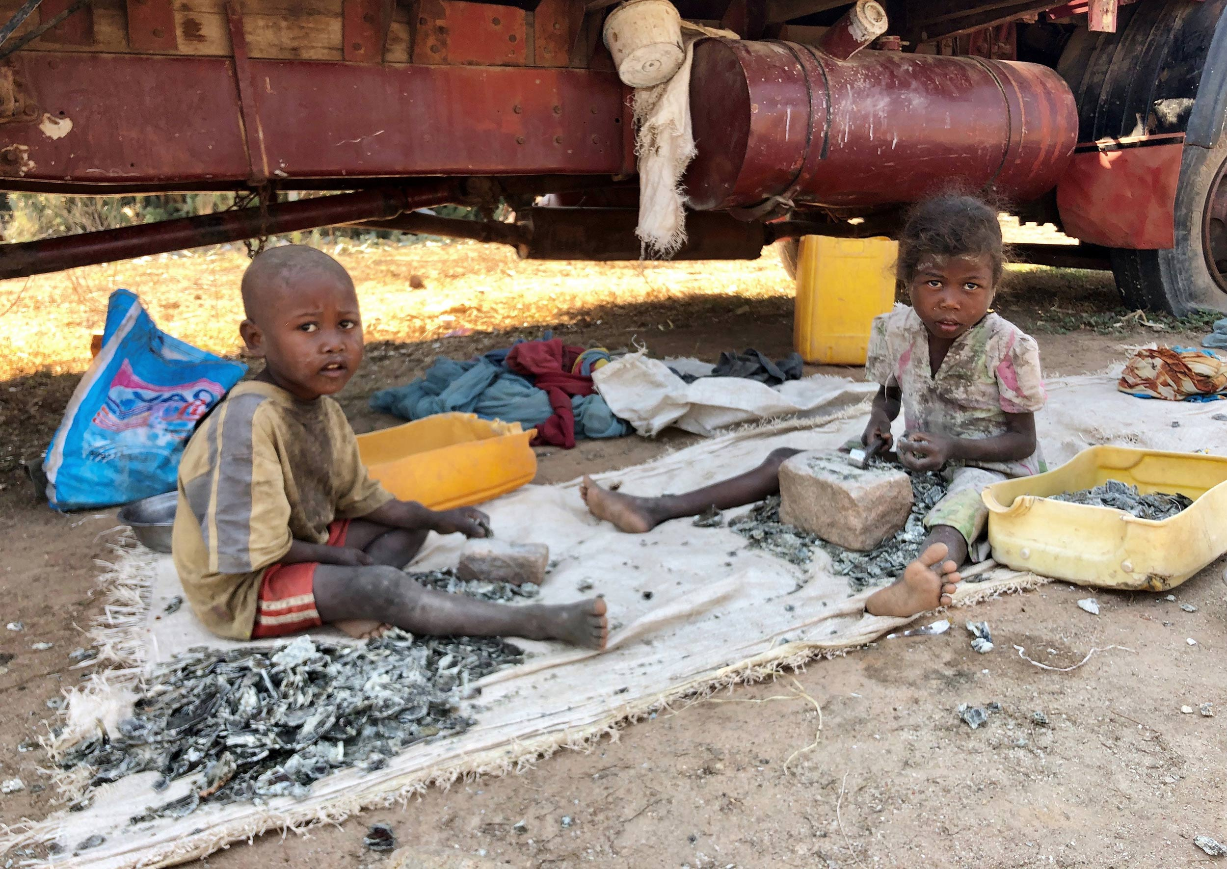 An army of children toils in African mica mines