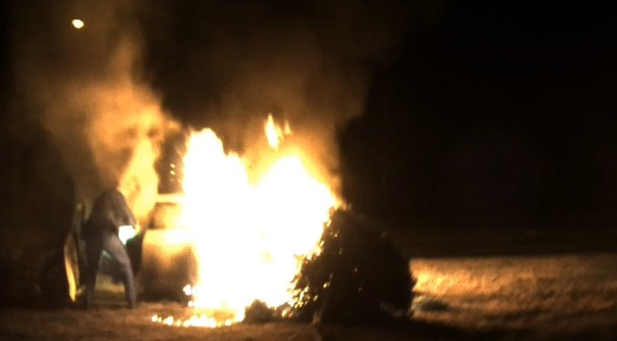 Video-shows-woman-rescued-from-burning-car-in-Virginia