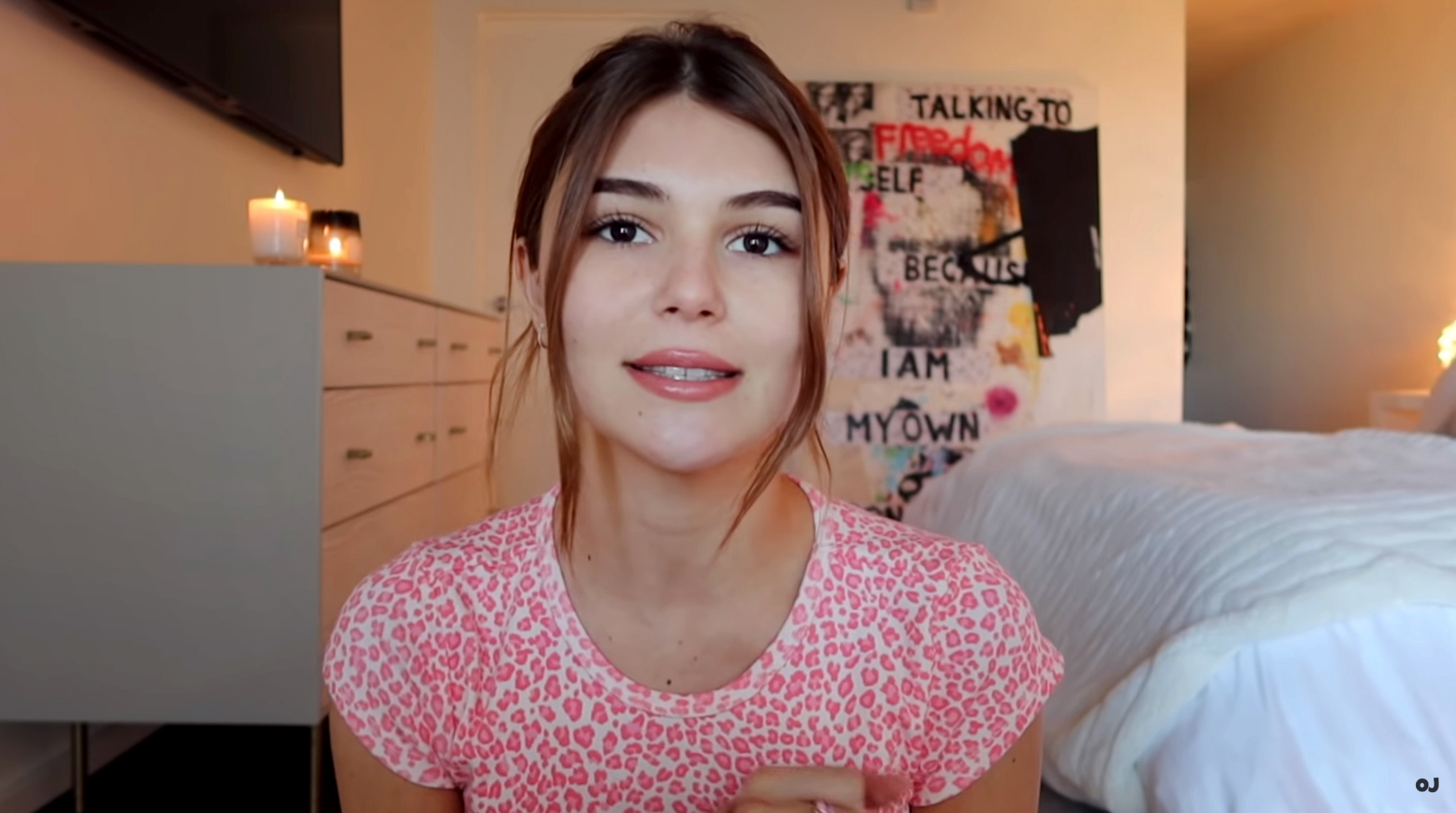 Lori Loughlin S Daughter Olivia Jade Returns To Youtube Amid College Admissions Scandal
