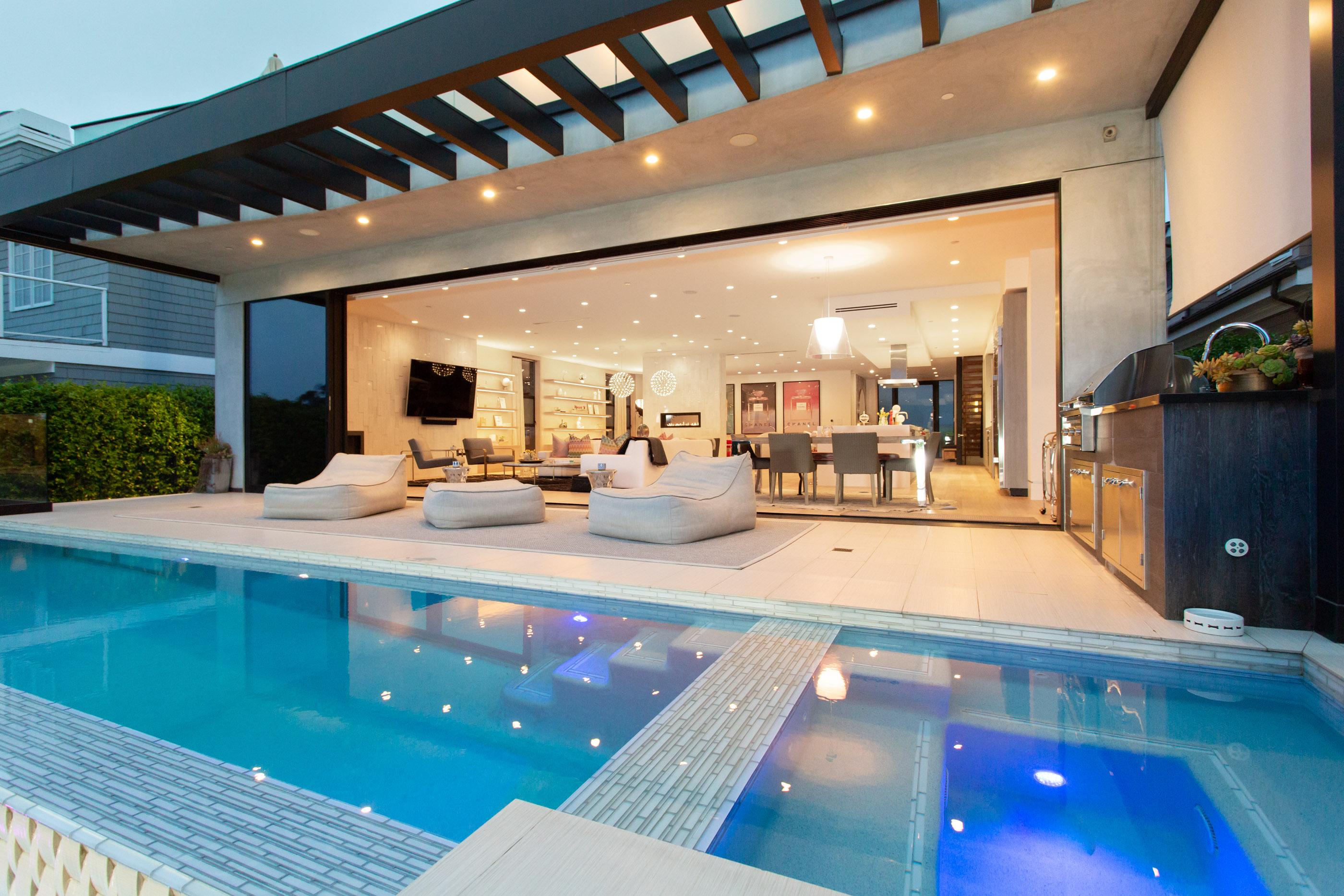 Giada De Laurentiis 7 Million Mansion Is The Perfect Place To Entertain