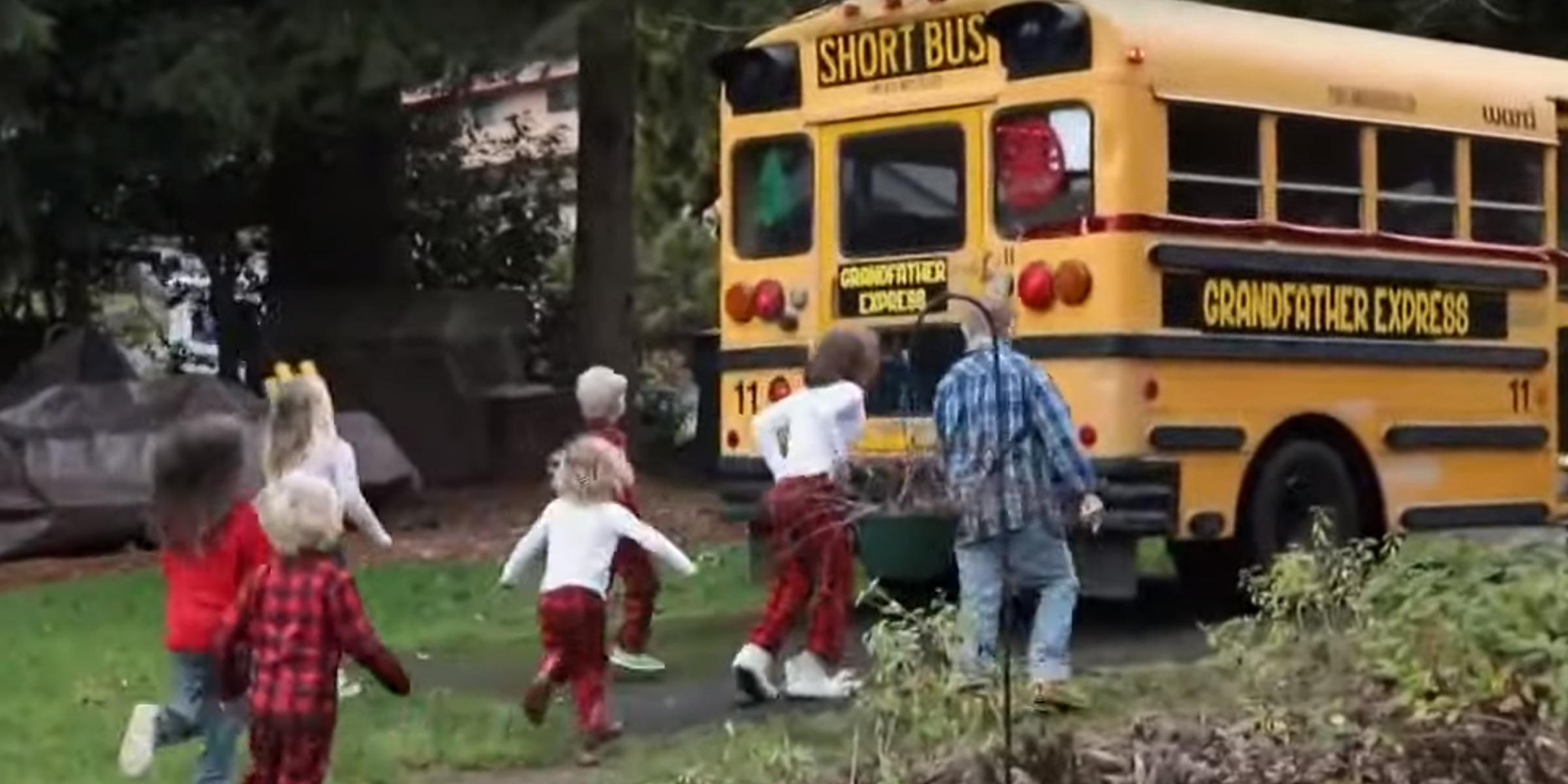 """Картинки по запросу """"Grandfather buys bus to take his 10 grandchildren to school"""""""""""