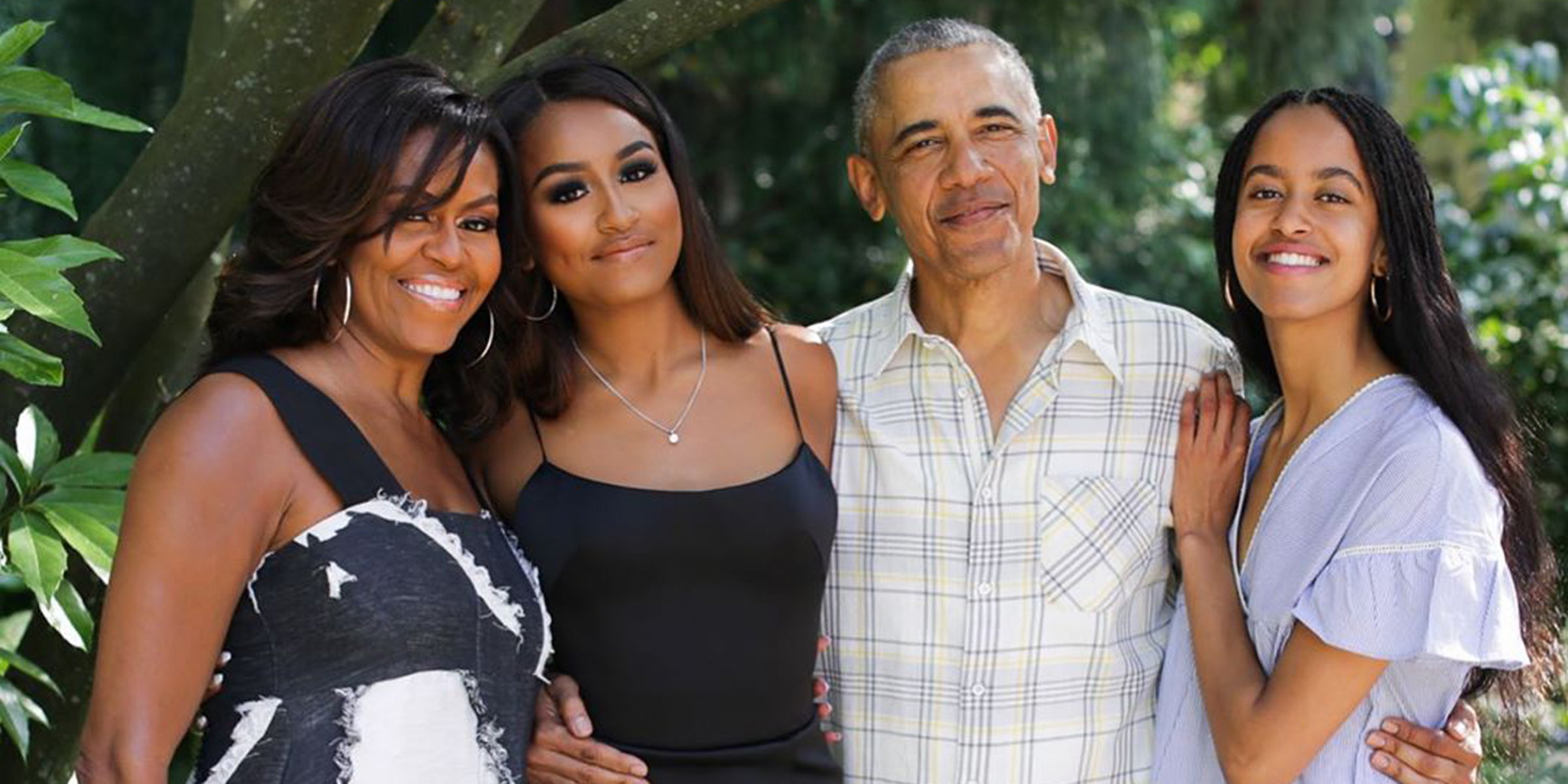 Is Obama In Hawaiir For Christmas 2020 Michelle Obama reveals family Christmas card