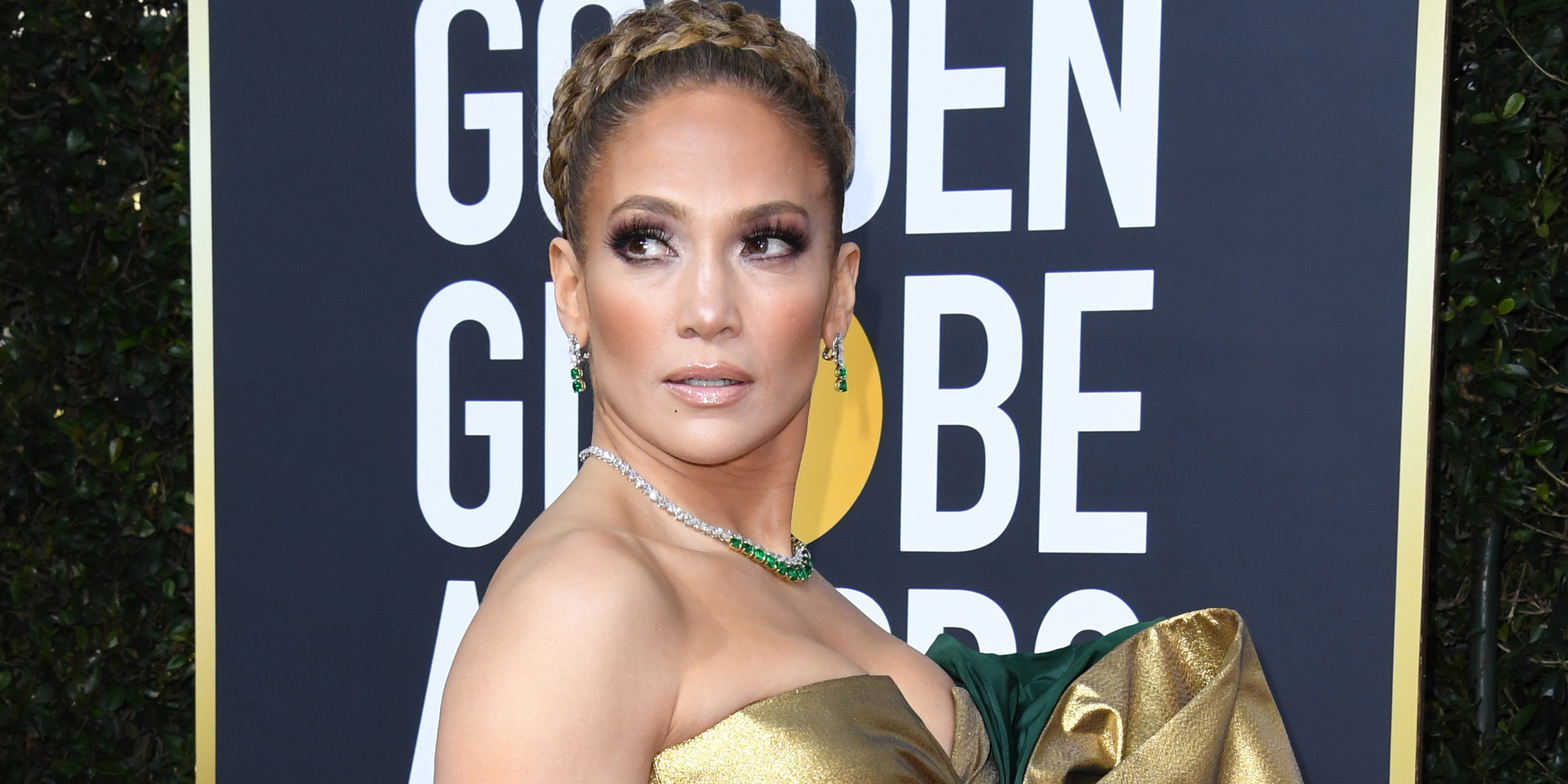 Jennifer Lopez Channels Maid In Manhattan Role With Golden Globes Look