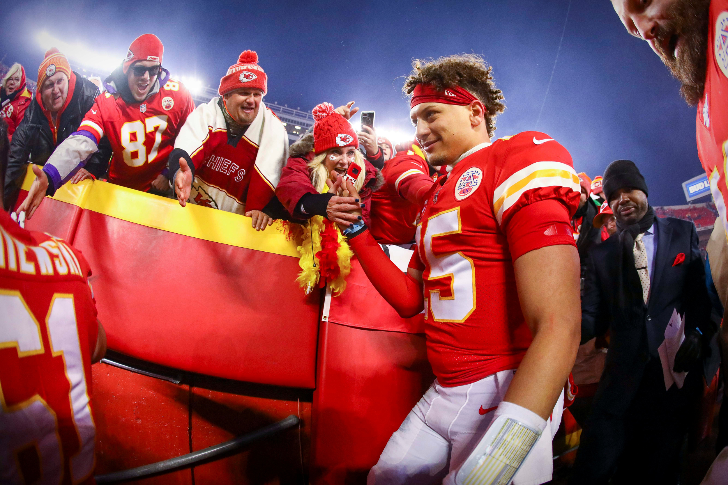 Kansas City Chiefs Beg Bad Luck Fan To Stay Home For Afc Championship Game