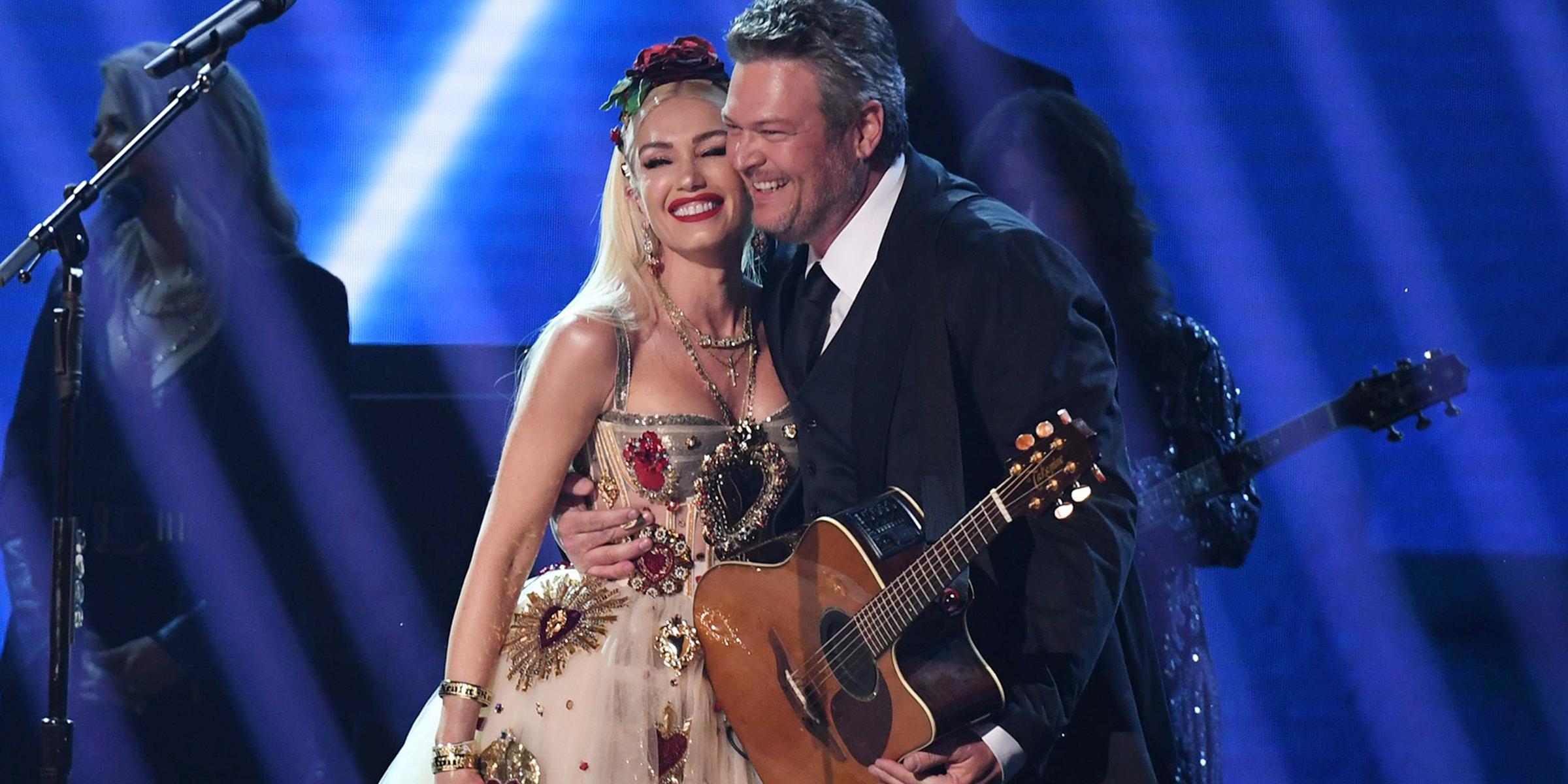 Gwen Stefani and Blake Shelton perform at Grammys