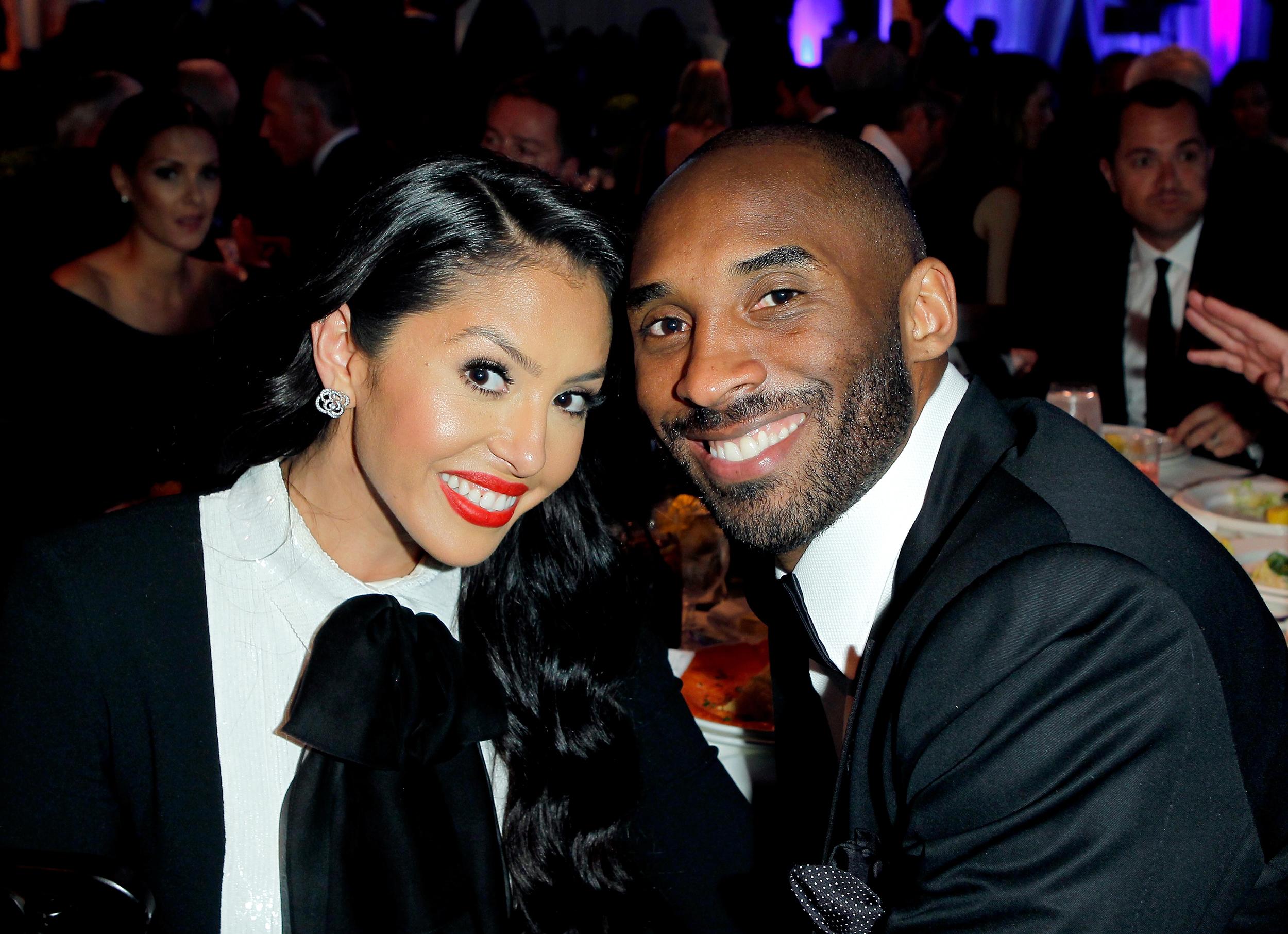 Vanessa Bryant honors Kobe on wedding anniversary: 'My king, my ...