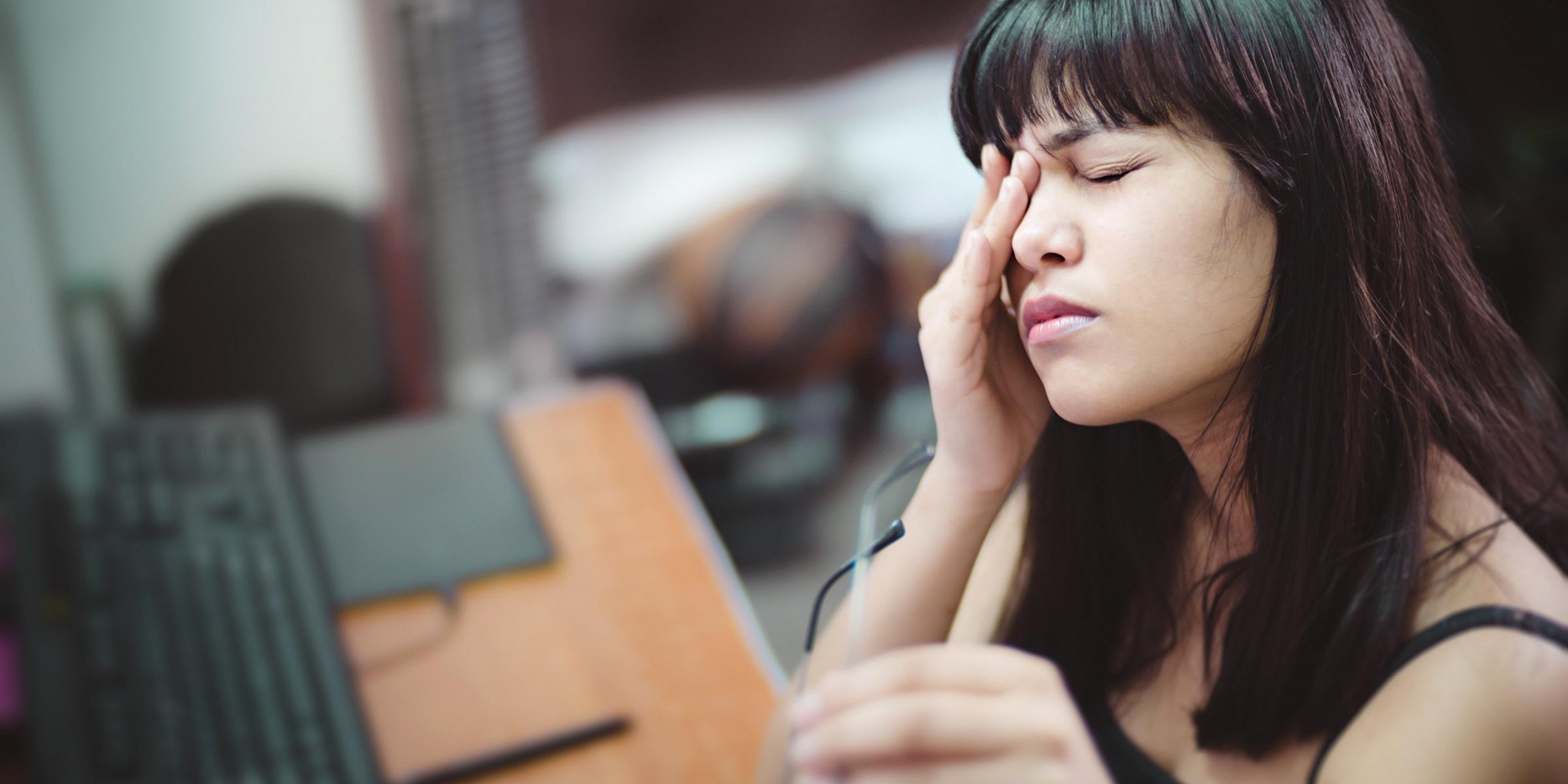 Eye problems in coronavirus quarantine include dry eyes, strain, blurry  vision