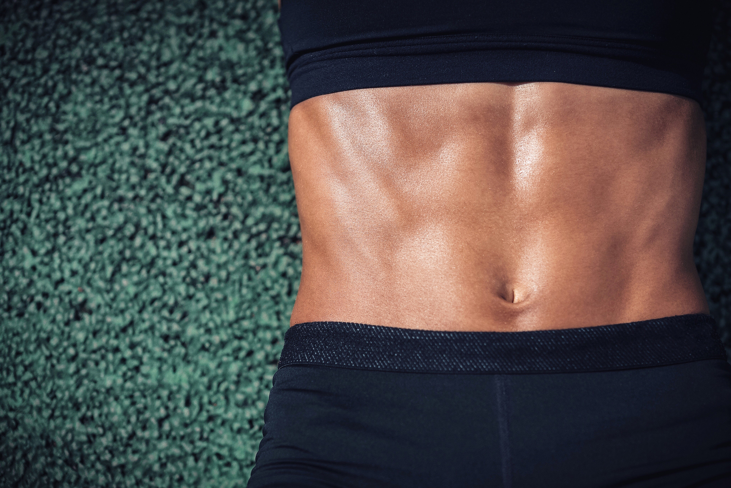 A 5 Minute Ab Workout To Tone Your Midsection