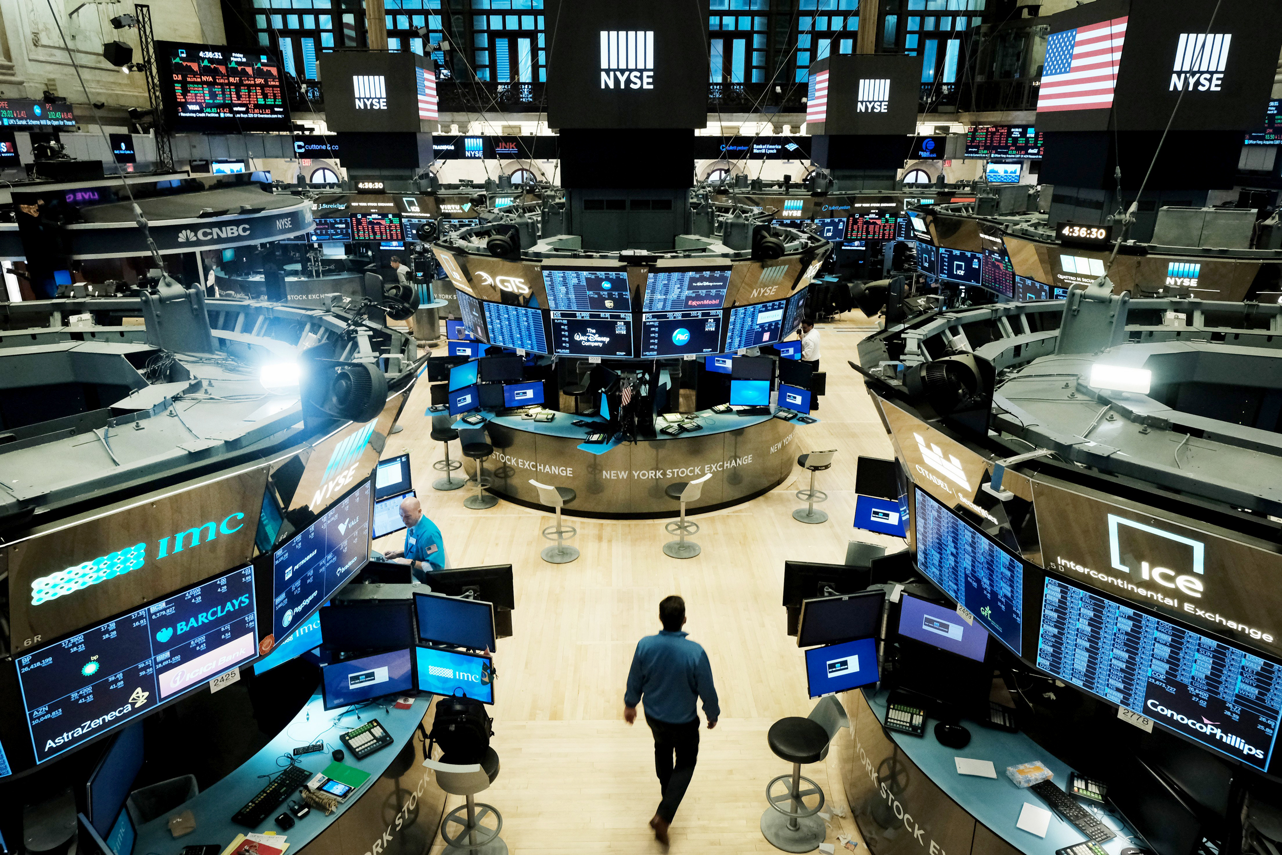 Silence on Wall Street: New York Stock Exchange prepares for all ...
