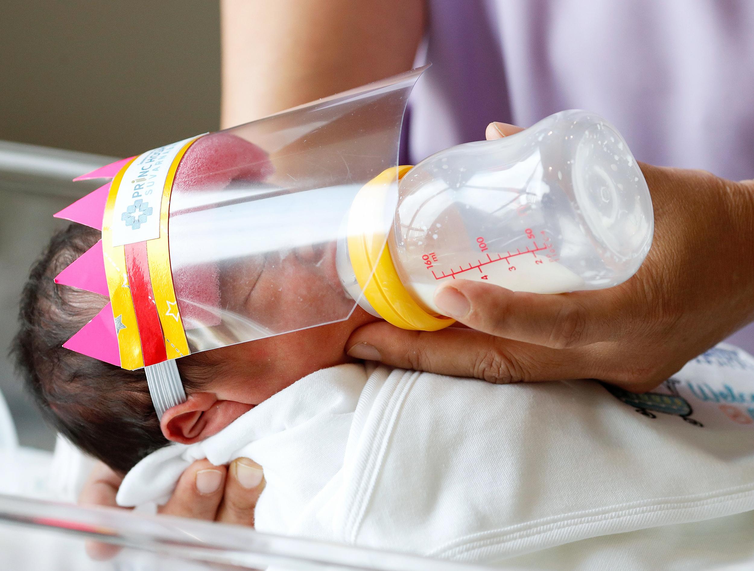 newborn-baby-mask-thailand-today-inline-
