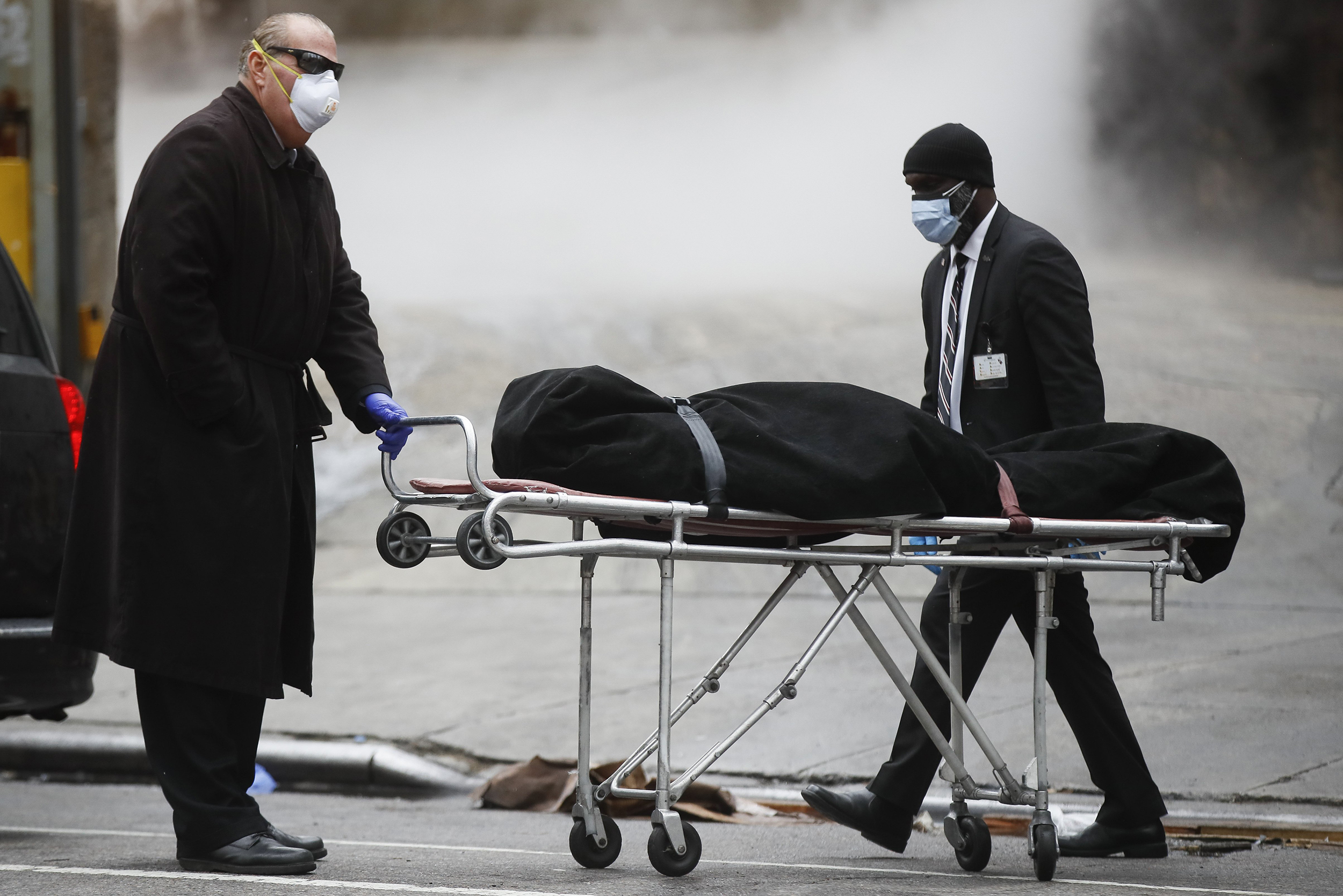 nbcnews.com - U.S. coronavirus deaths top 100,000