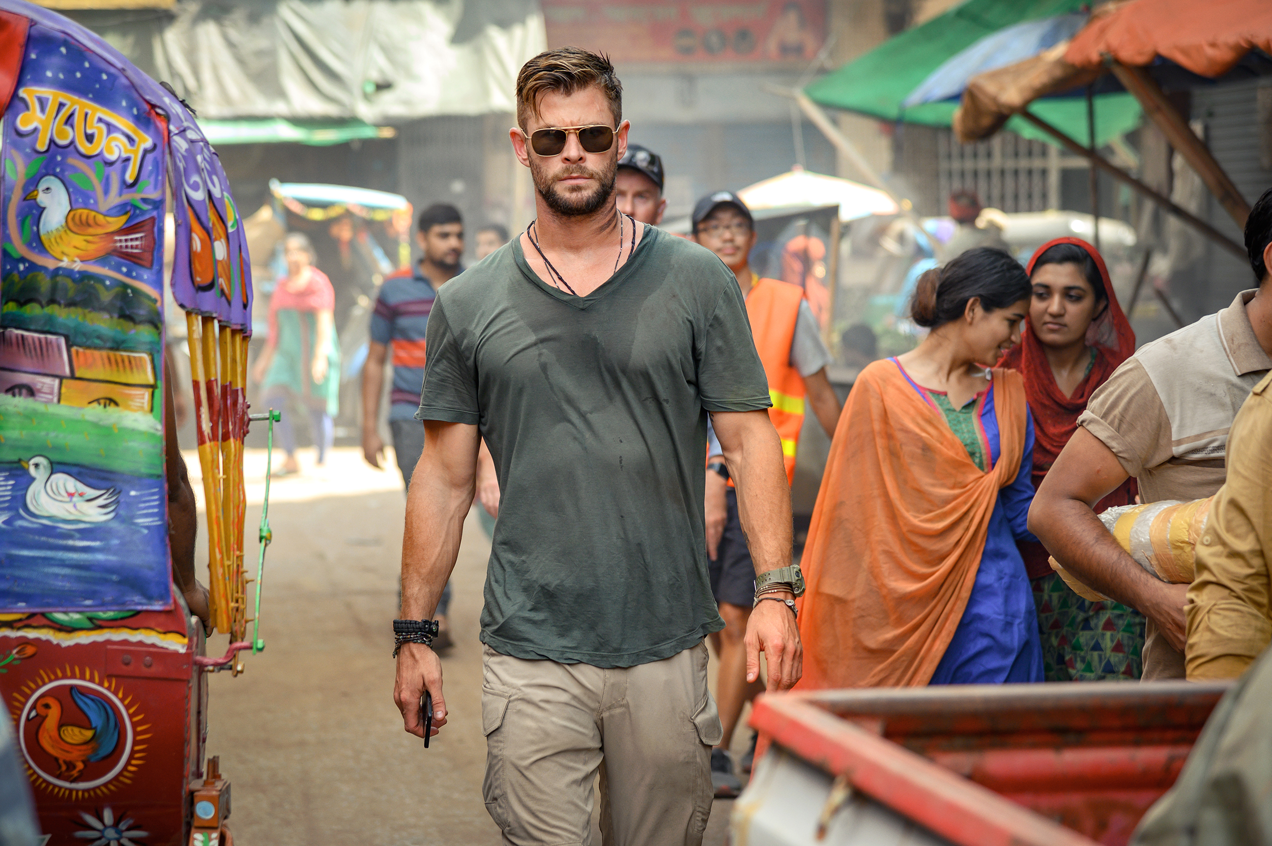 Netflix movie 'Extraction' is a waste of Chris Hemsworth's comedic acting  talents