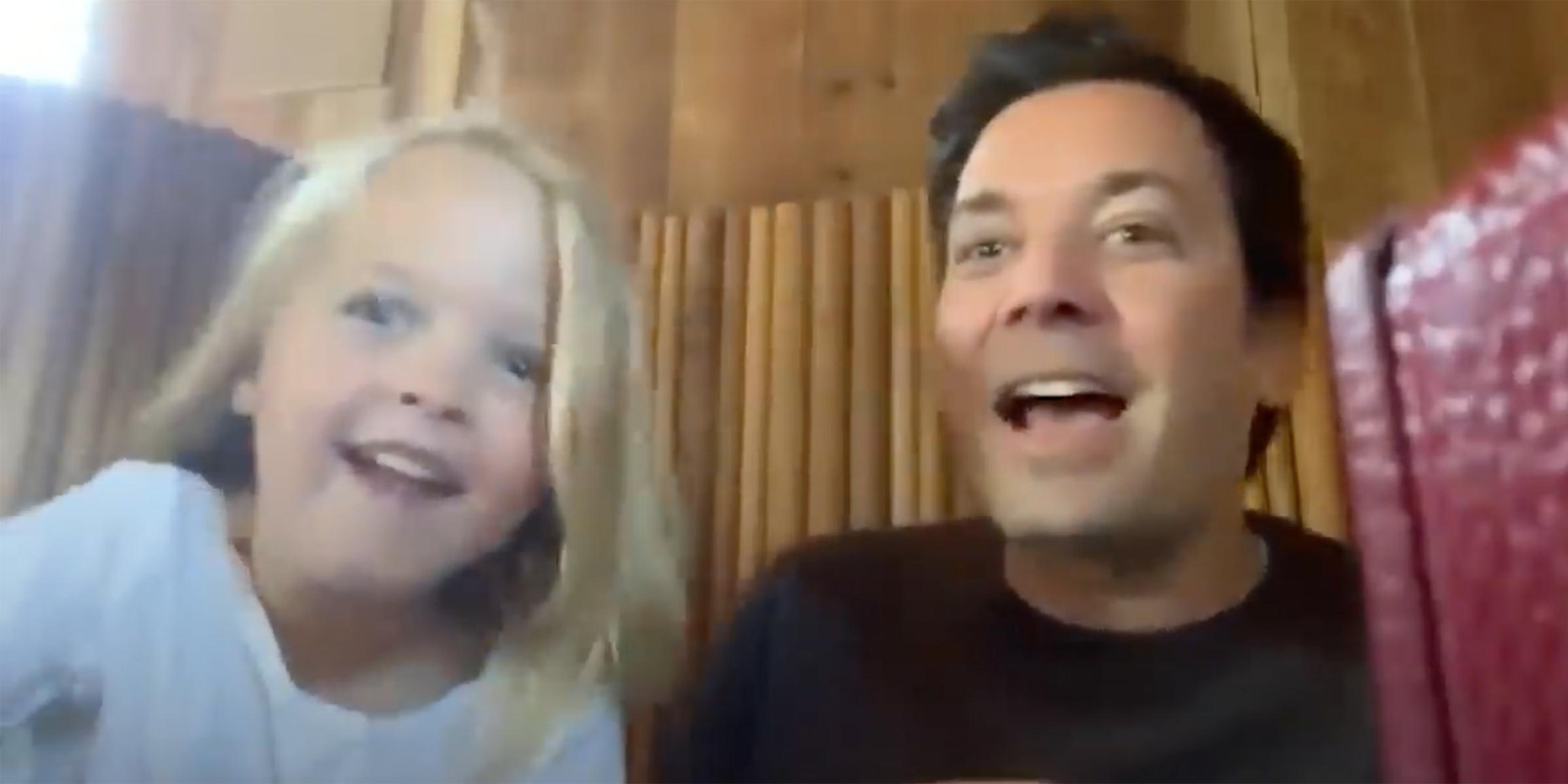 जिमी Fallon के बेटियों लेने एथन हॉक साक्षात्कार
