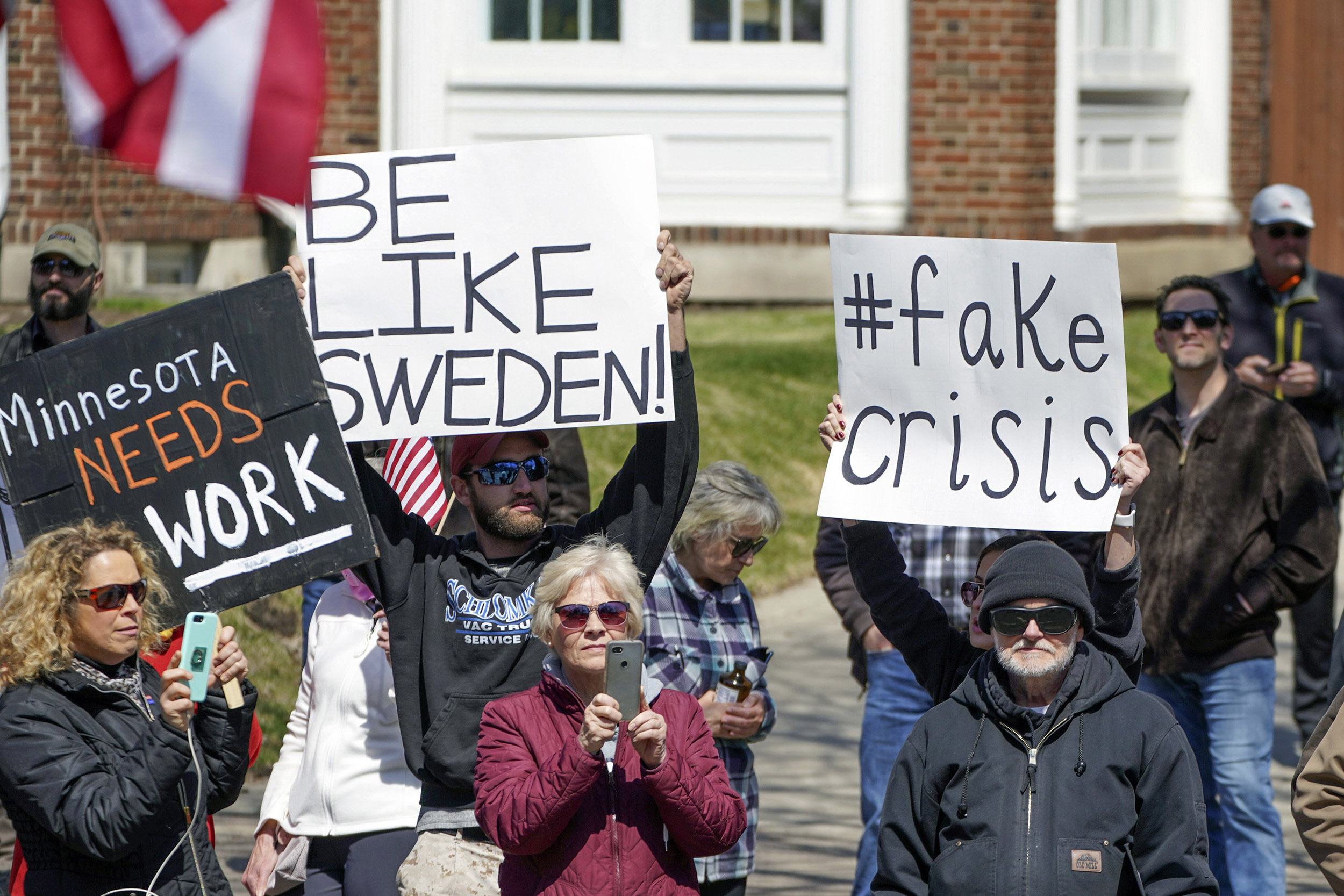 Lockdown Protesters Shout Be Like Sweden But Swedes Say They Are Missing The Point