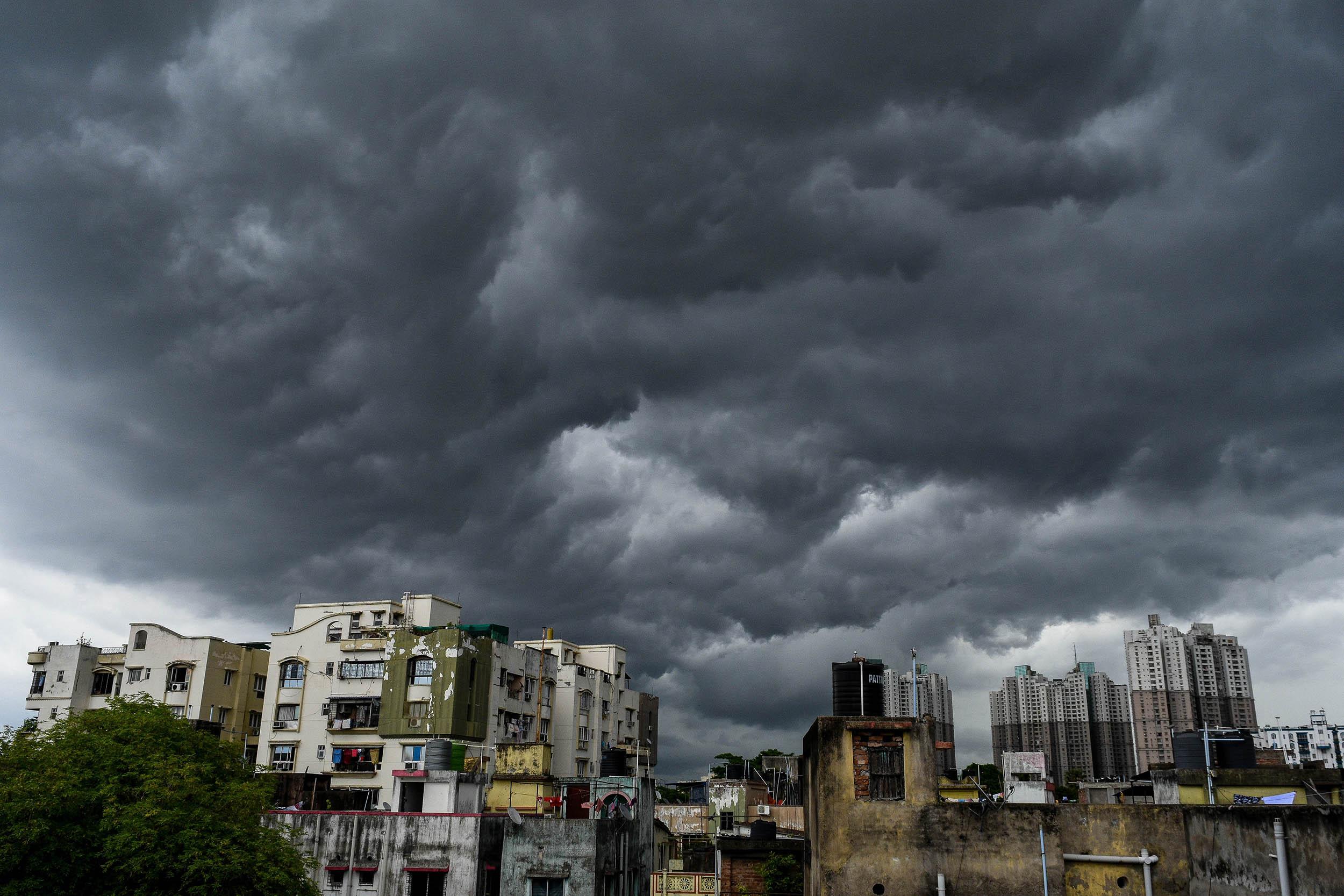 Cyclone Amphan heads toward India and Bangladesh, sending millions ...