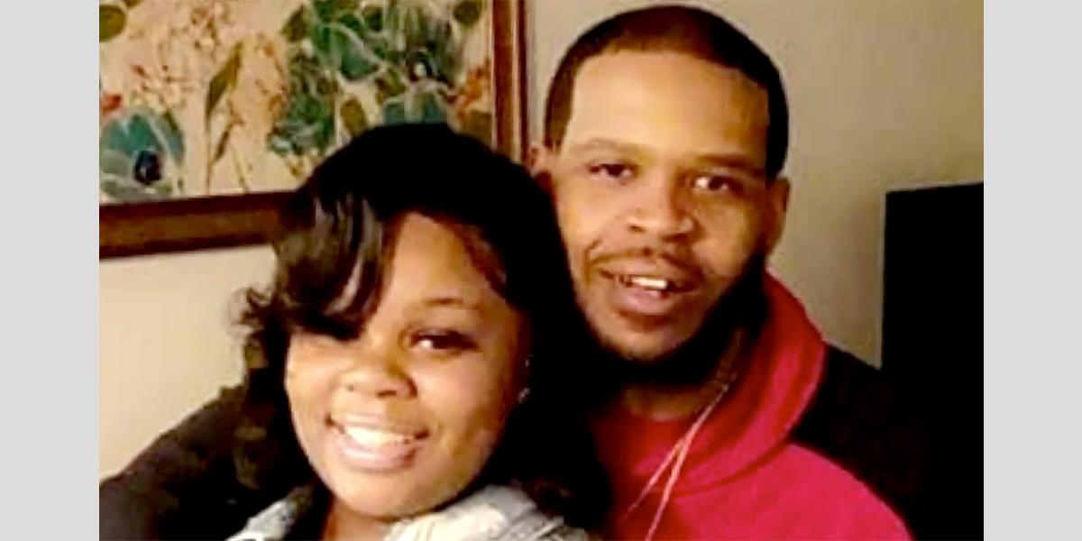 Breonna Taylor S Boyfriend Devastated Kentucky Ag Blamed Him For Her Murder Lawyer Says