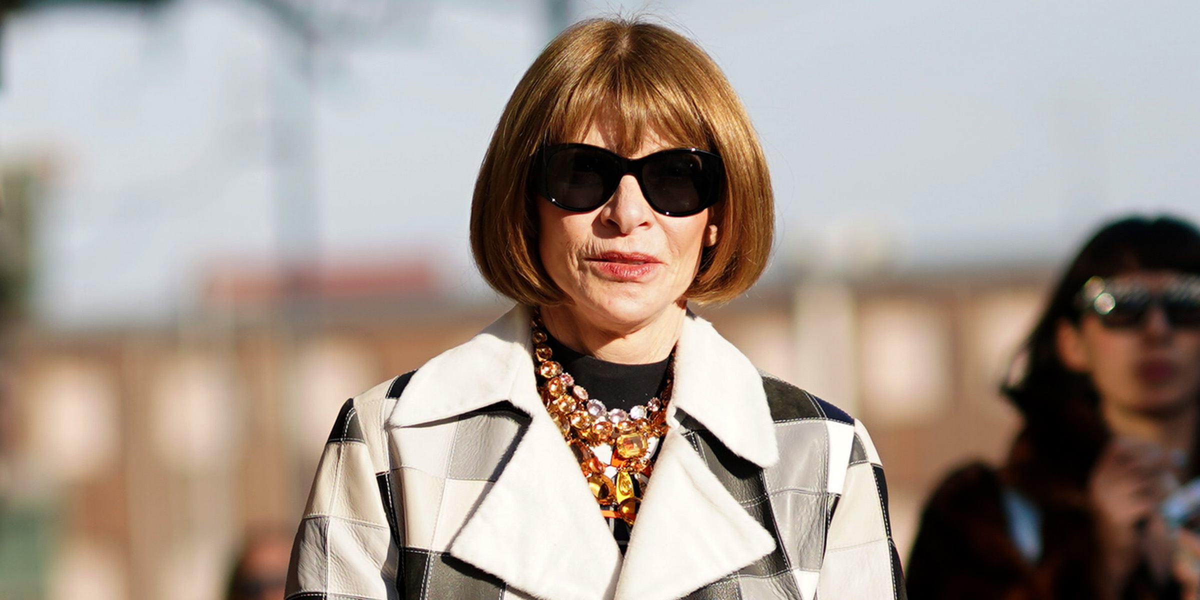 Anna Wintour apologizes to black Vogue staffers in email