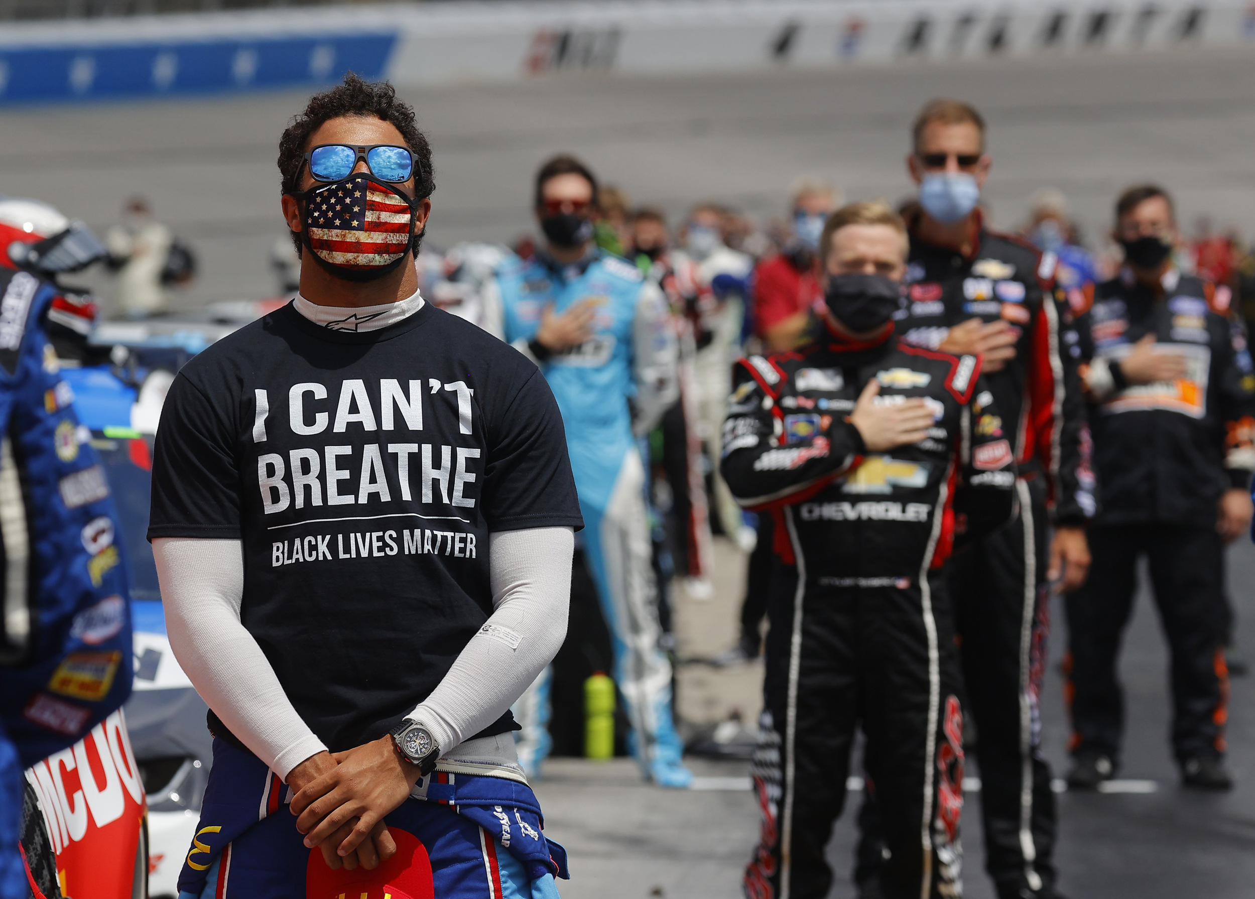 Bubba Wallace wants NASCAR to ban the Confederate flag