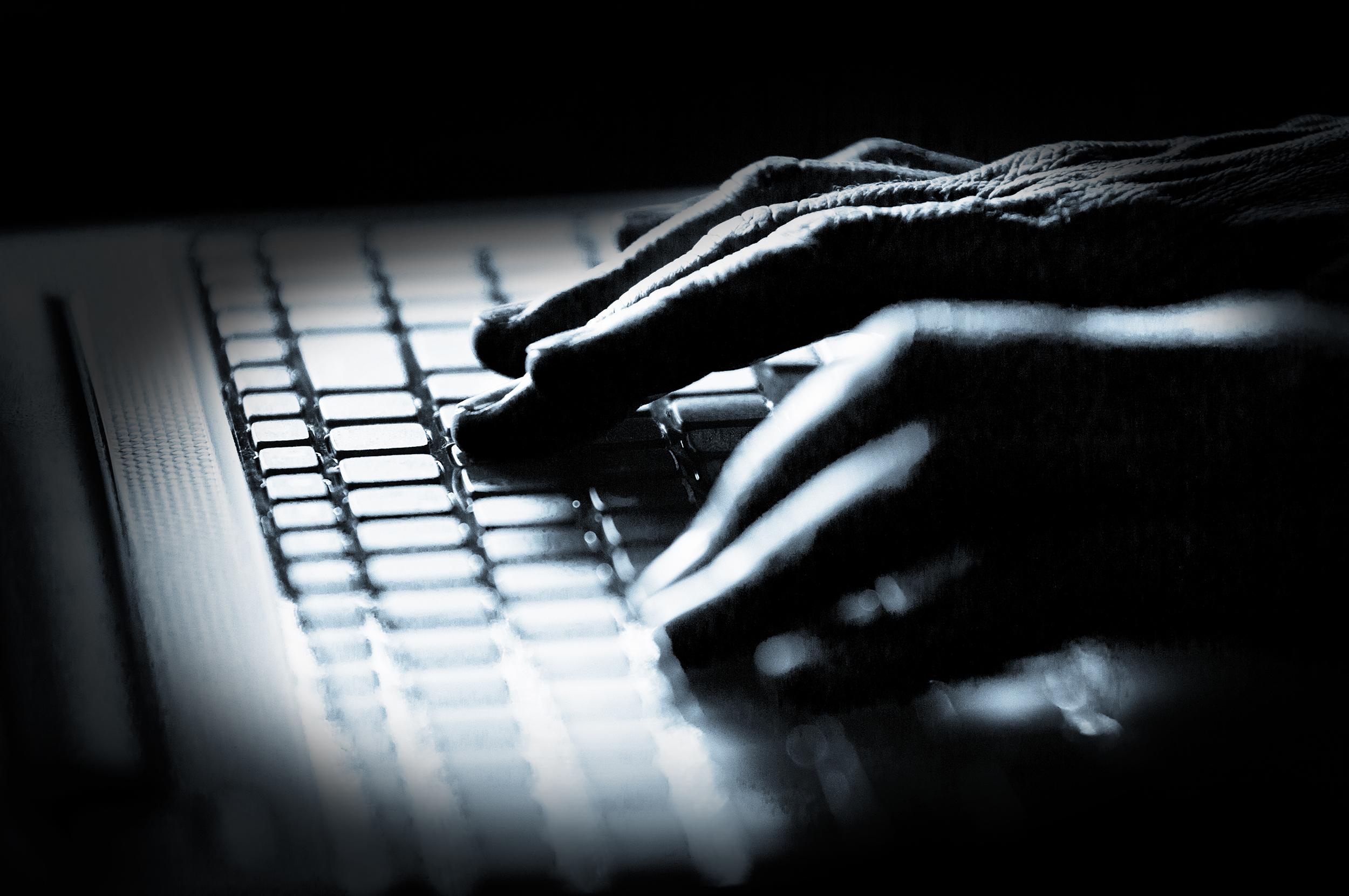 200701-hands-computer-keyboard-cyber-thr
