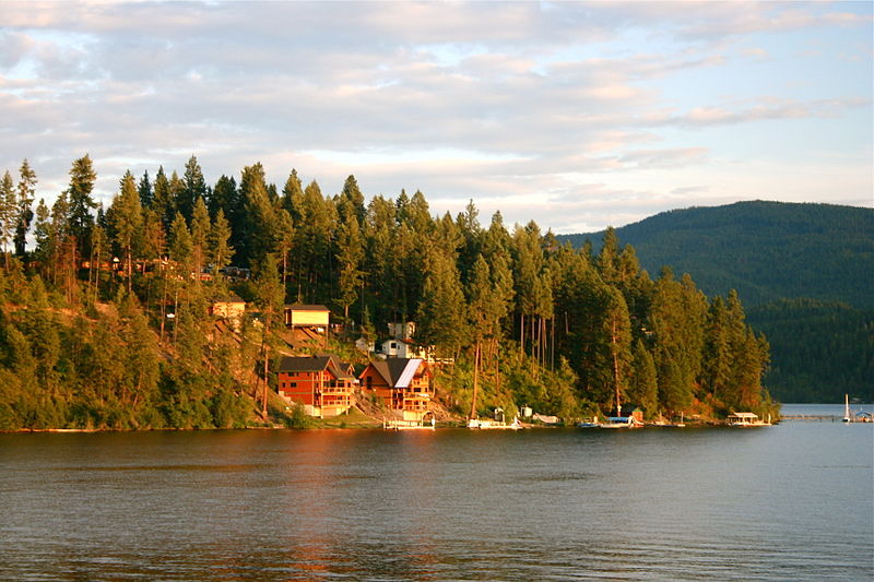Two killed in plane collision over Lake Coeur d'Alene in Idaho