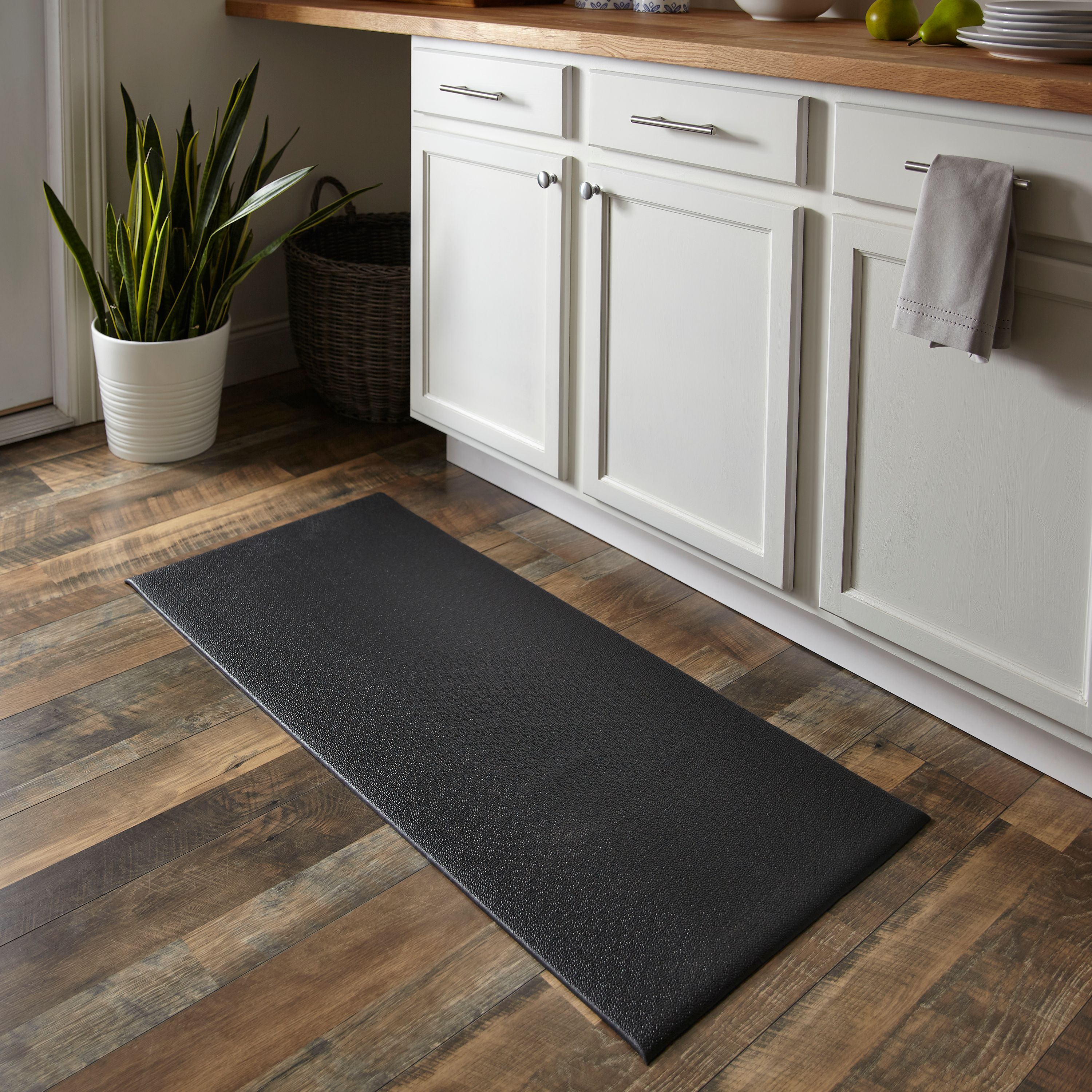 5 Kitchen Comfort Mats To Make Cleaning Dishes Easier