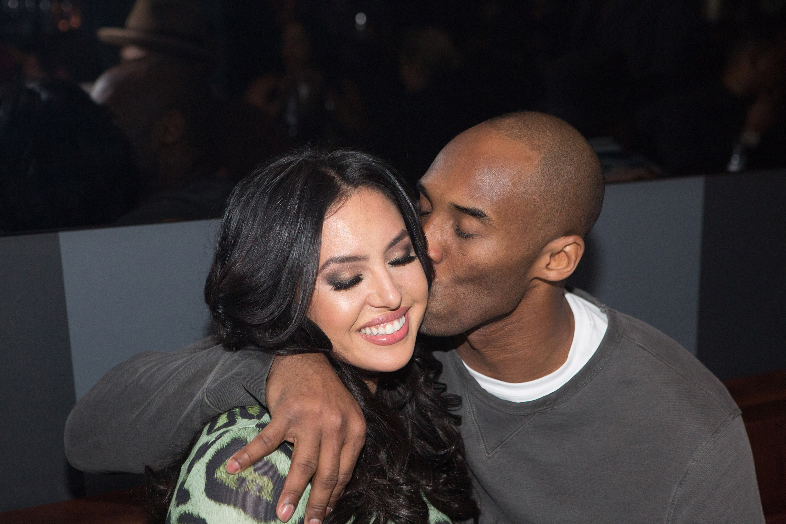 It should've been me': Vanessa Bryant pens heart-wrenching ...