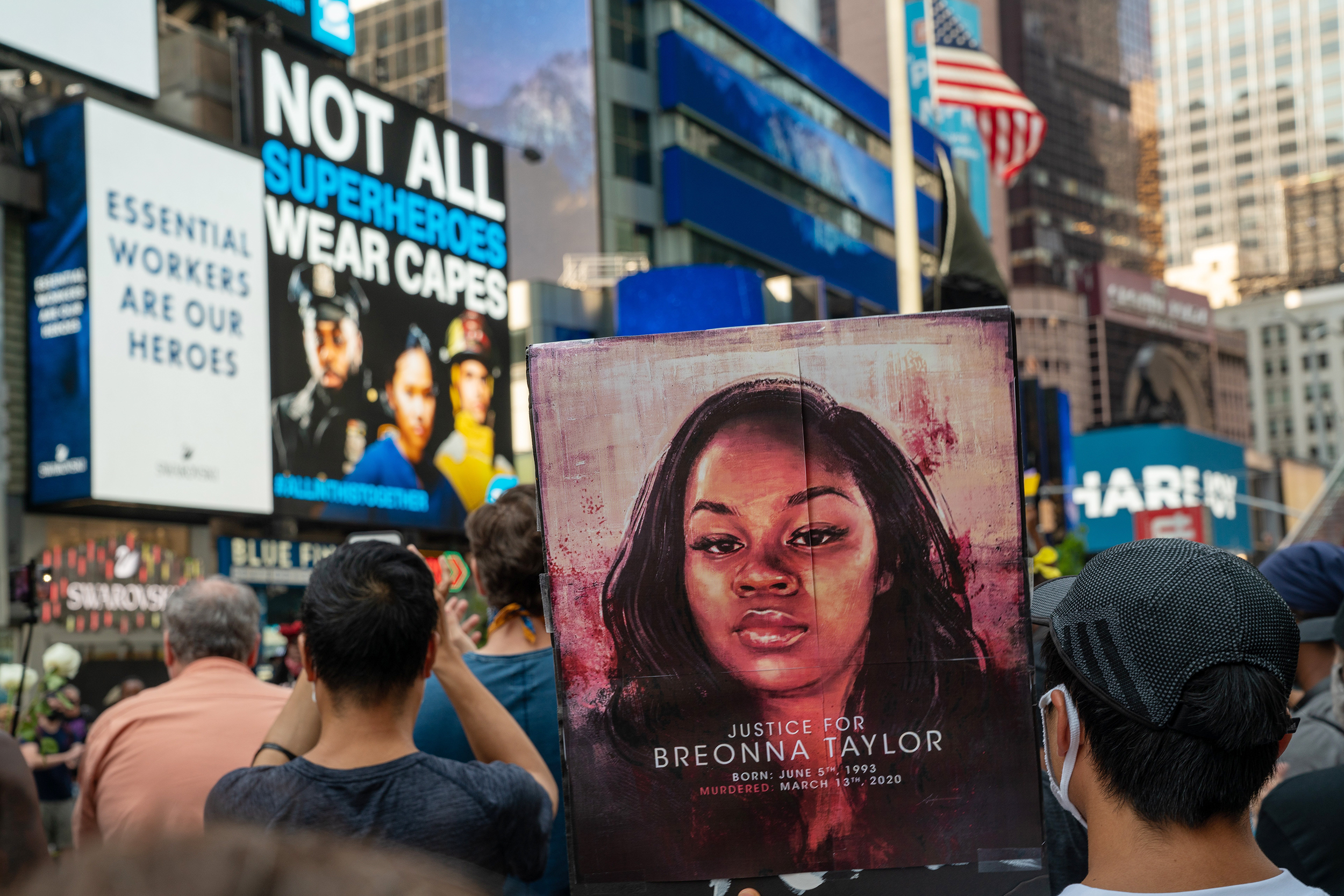 Deeply Reckless Critics Slam Leaked Police Memo About Breonna Taylor