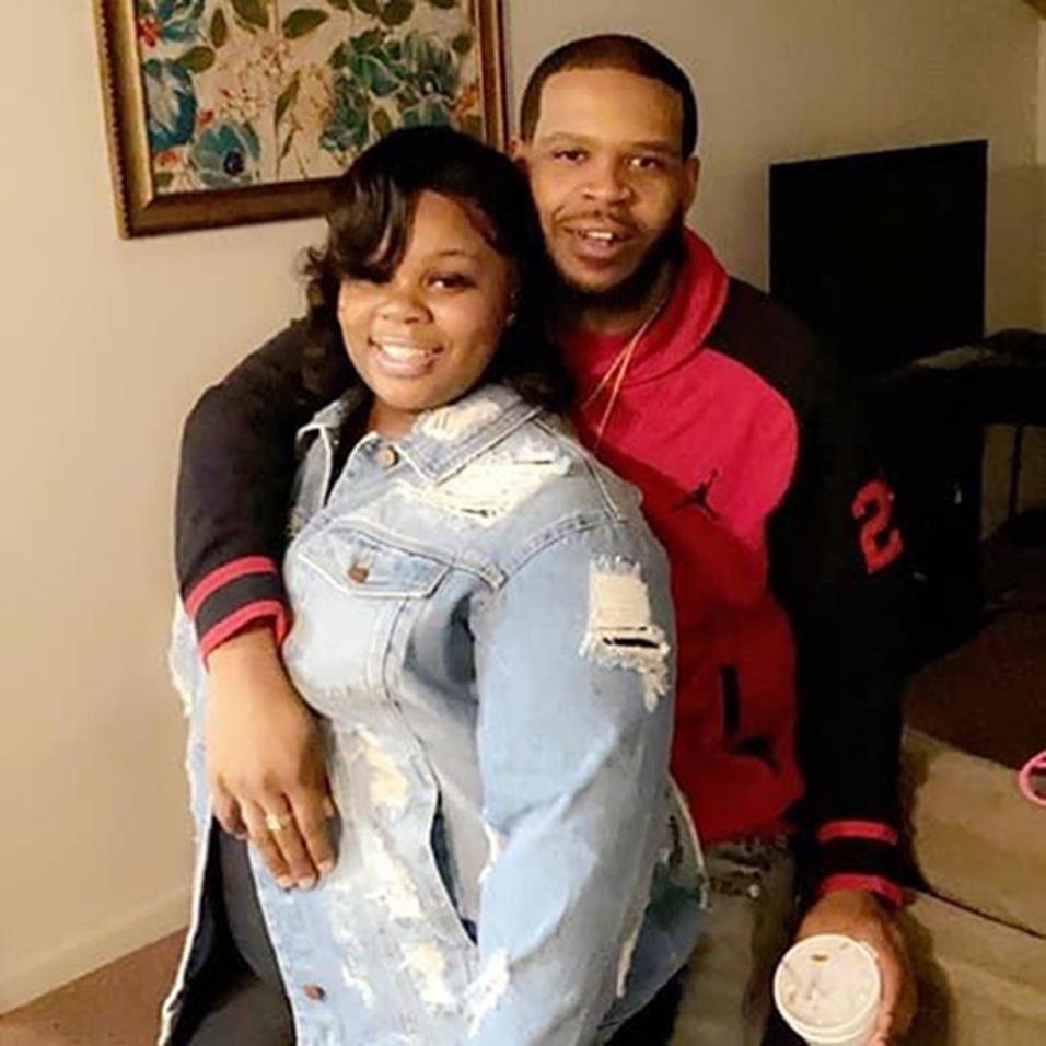 Breonna Taylor with boyfriend Kenneth Walker. (via Ju'Niyah Palmer)