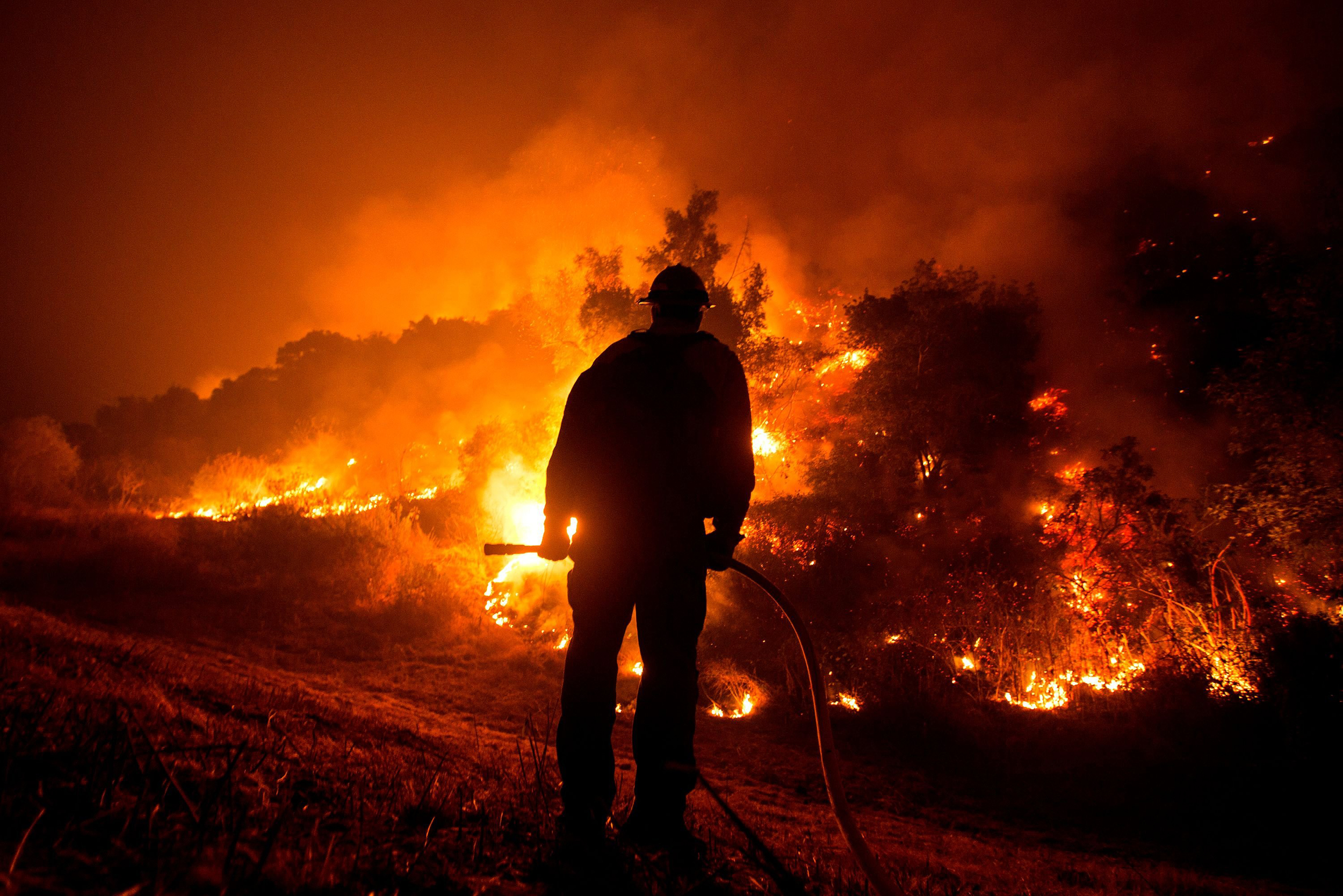 Man,-woman-who-died-in-California-fires-didn't-evacuate-because-of-'erroneous-information'