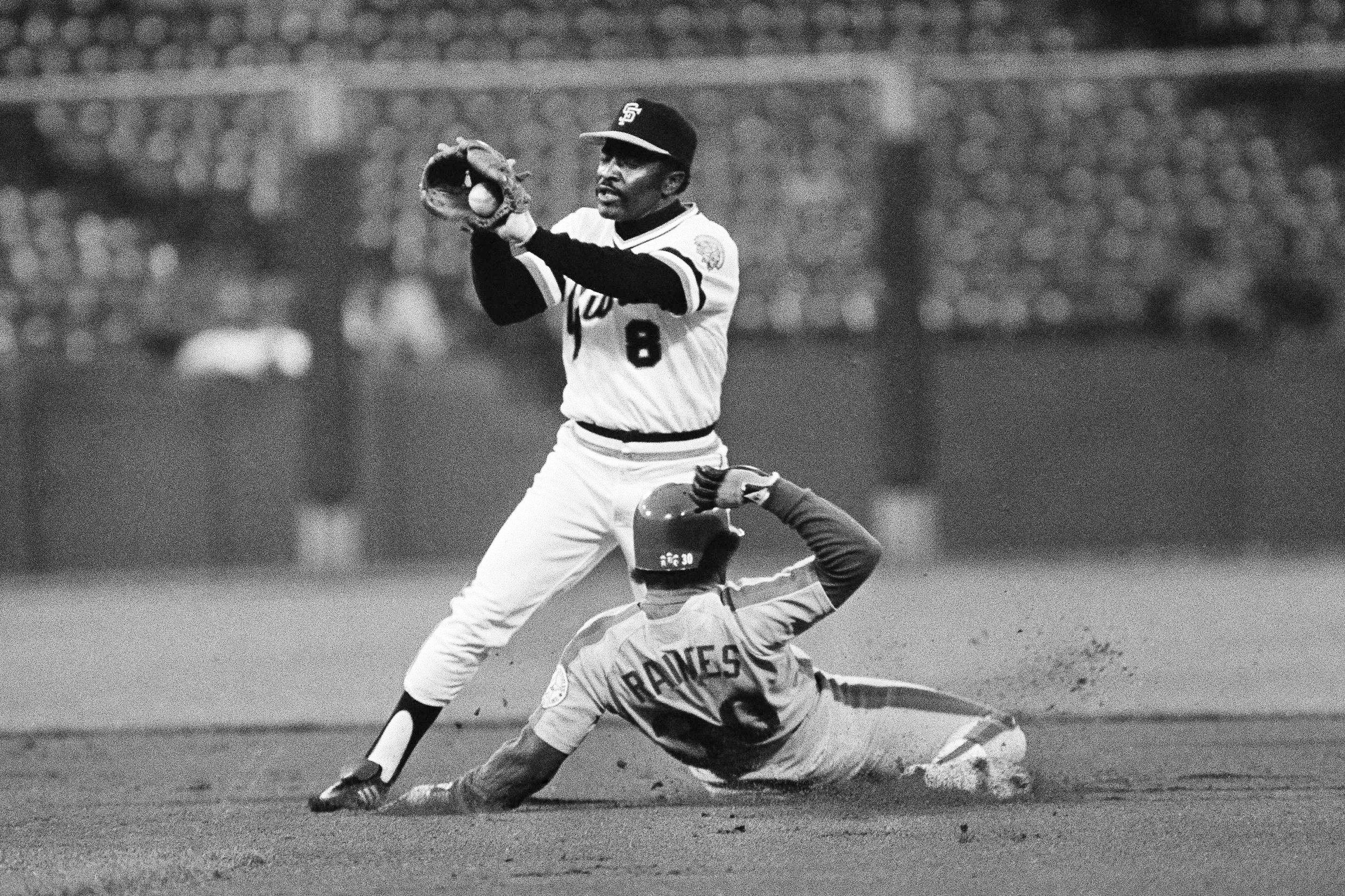 Joe Morgan Cincinnati Reds Second Baseman And Heart Of 1970s Big Red Machine Dies At 77 Joe morgan's letter to hall of fame voters tried to appeal to a group whose opinions the hall clearly who's watching? https www nbcnews com news sports joe morgan cincinnati reds second baseman heart 1970s big red n1242949
