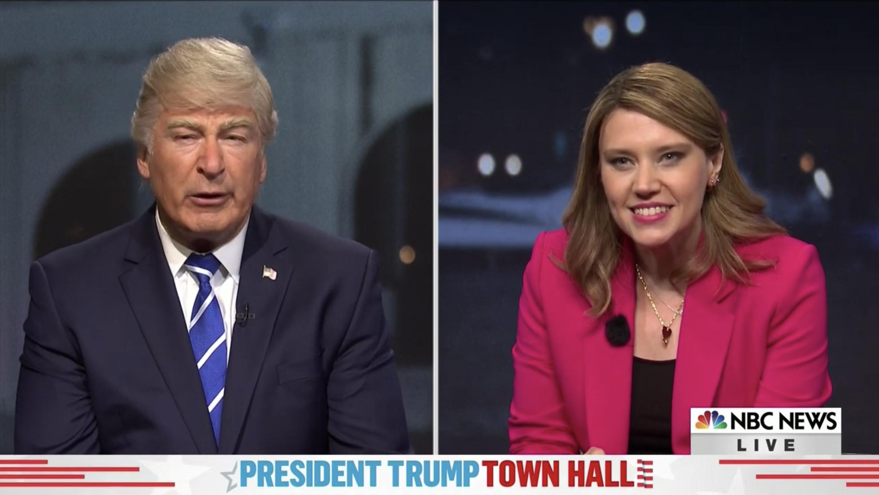 'SNL'-flips-between-Trump,-Biden-town-halls