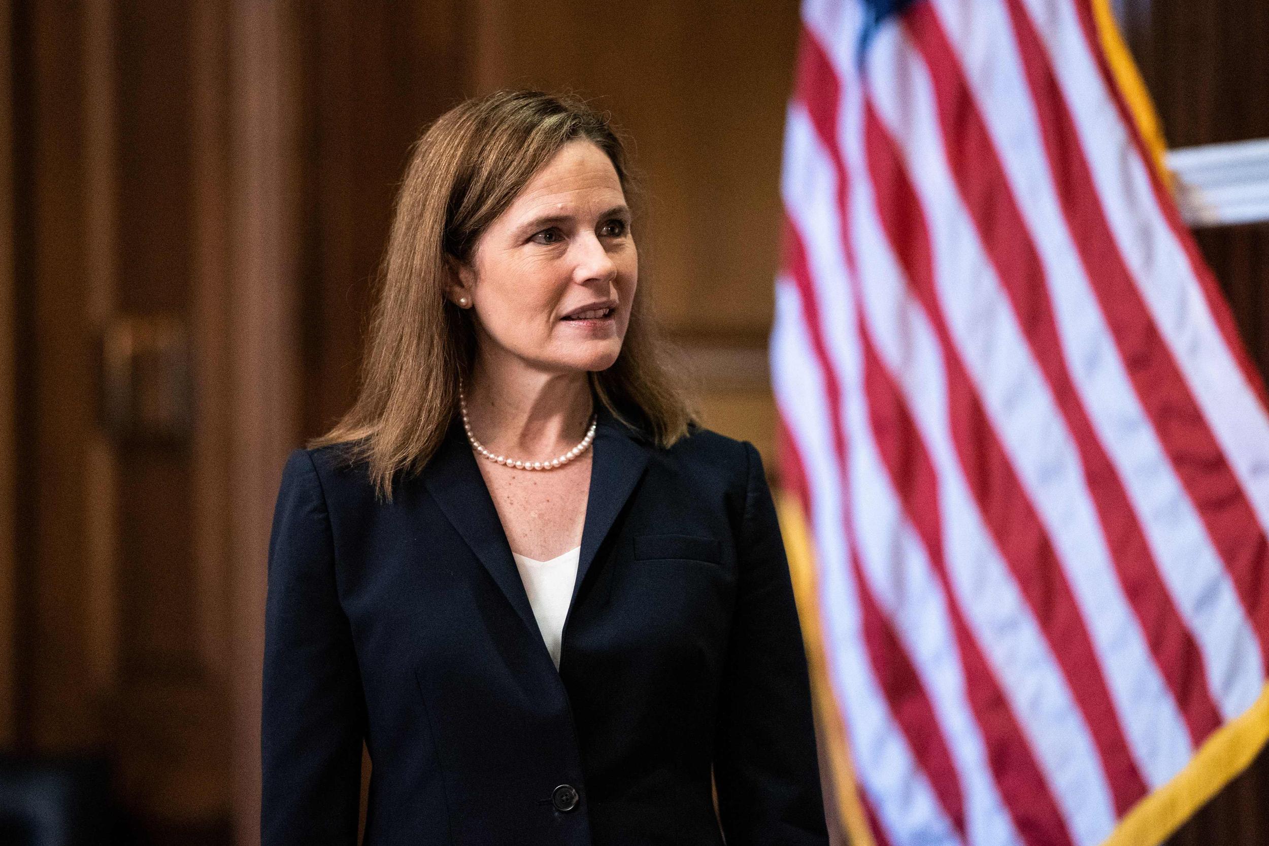 Senate advances Amy Coney Barrett nomination ahead of final confirmation vote