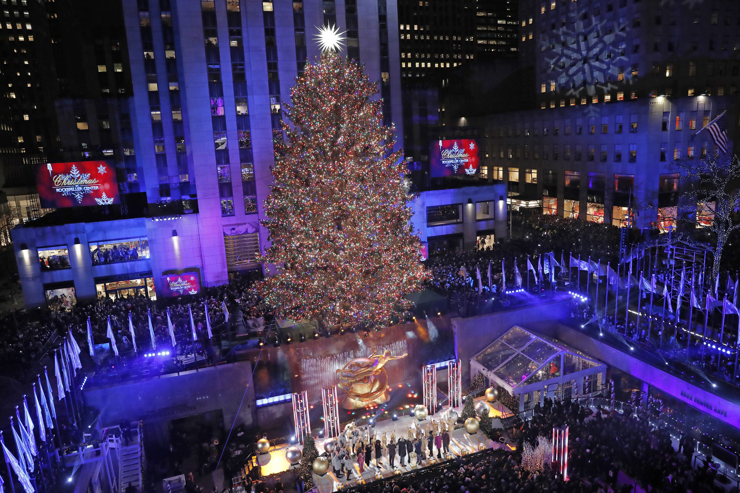 Watch 2021 New York Christmas Tree Lighting 2021 Rockefeller Tree Lighting 2020 When It Starts And How To Watch