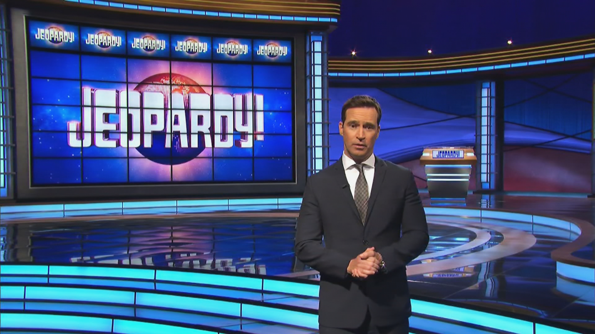 New 'Jeopardy!' host Mike Richards apologizes after past sexist comments surface