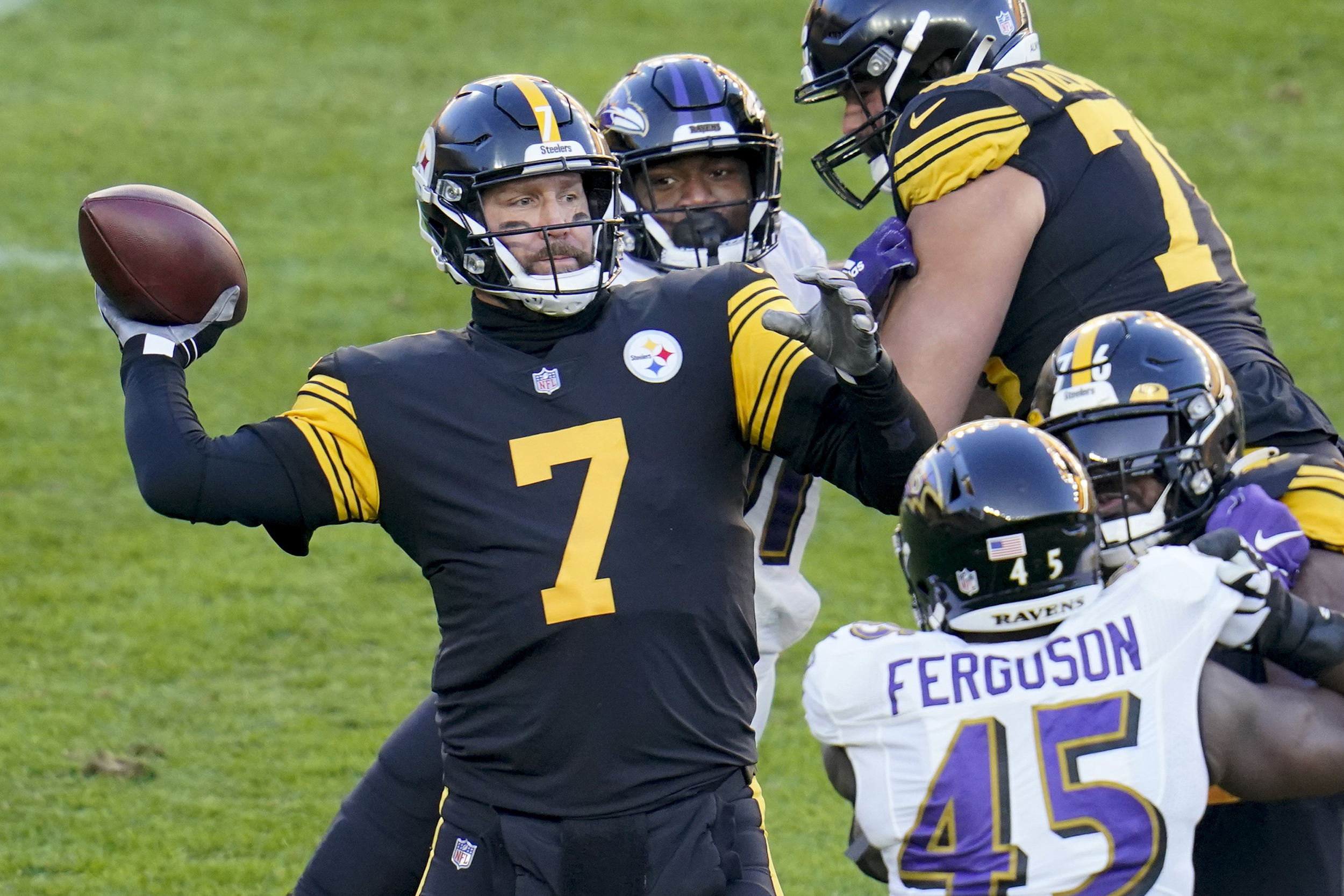 Nfl S Steelers Ravens Game Highlights Need For A Covid Playoff Bubble