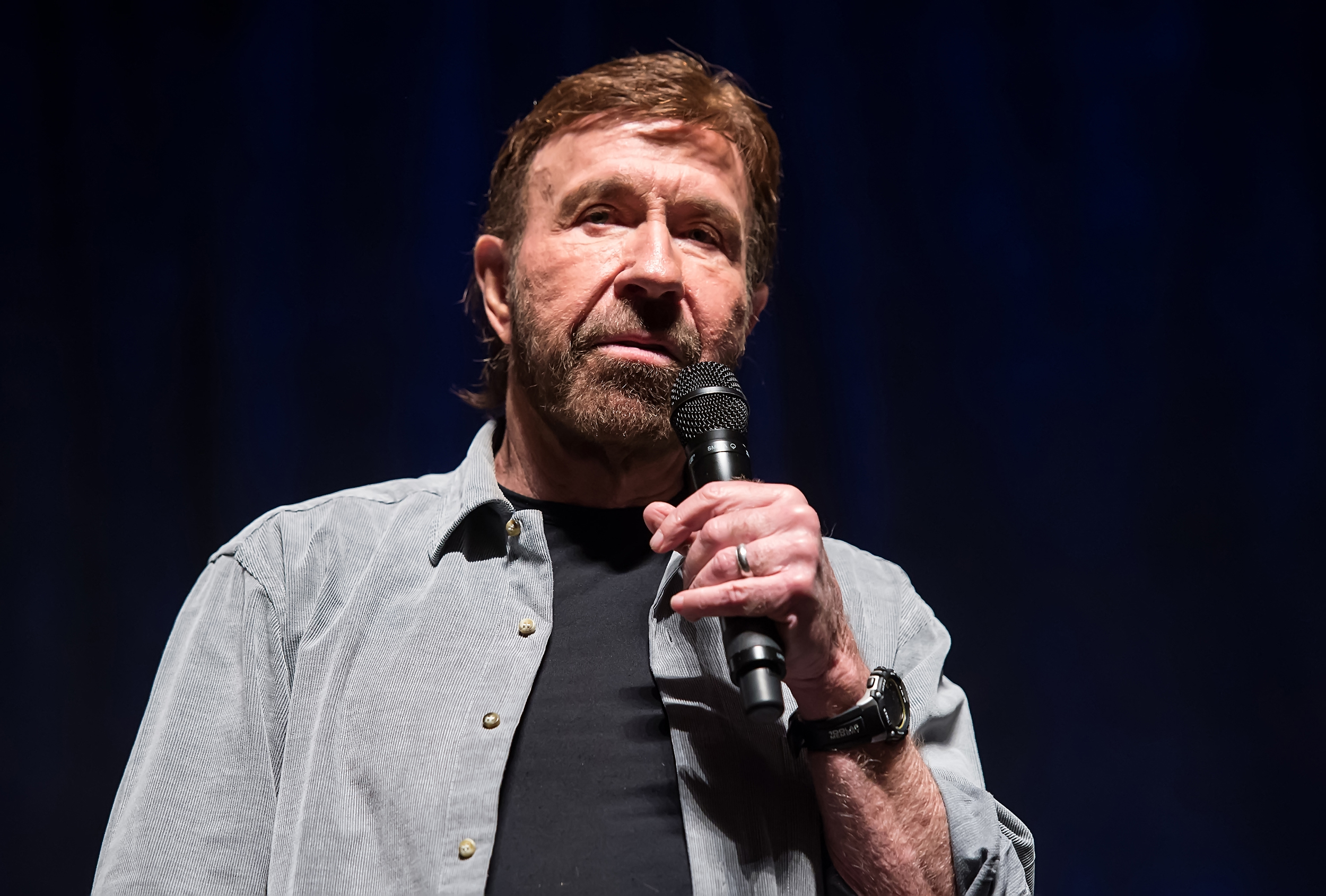 Chuck Norris was not at pro-Tump rally, viral photo was of 'look-alike,'  representative says